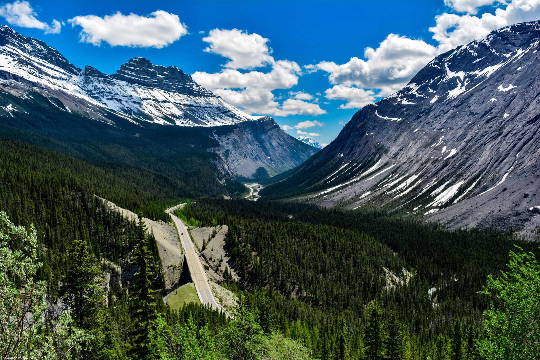 Icefield Parkway Valley, Canada
