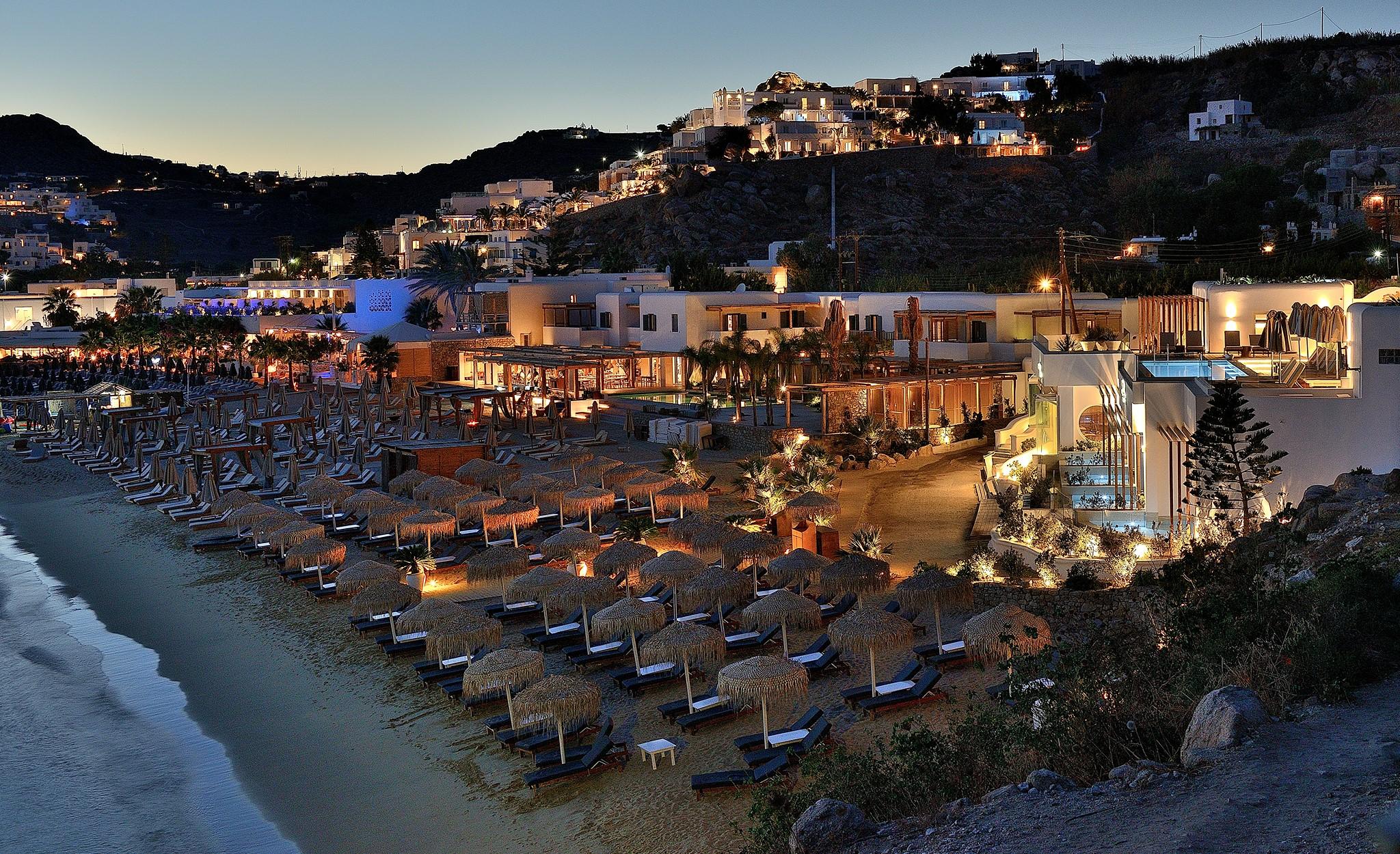 Platys Gialos beach in Mykonos, Greece