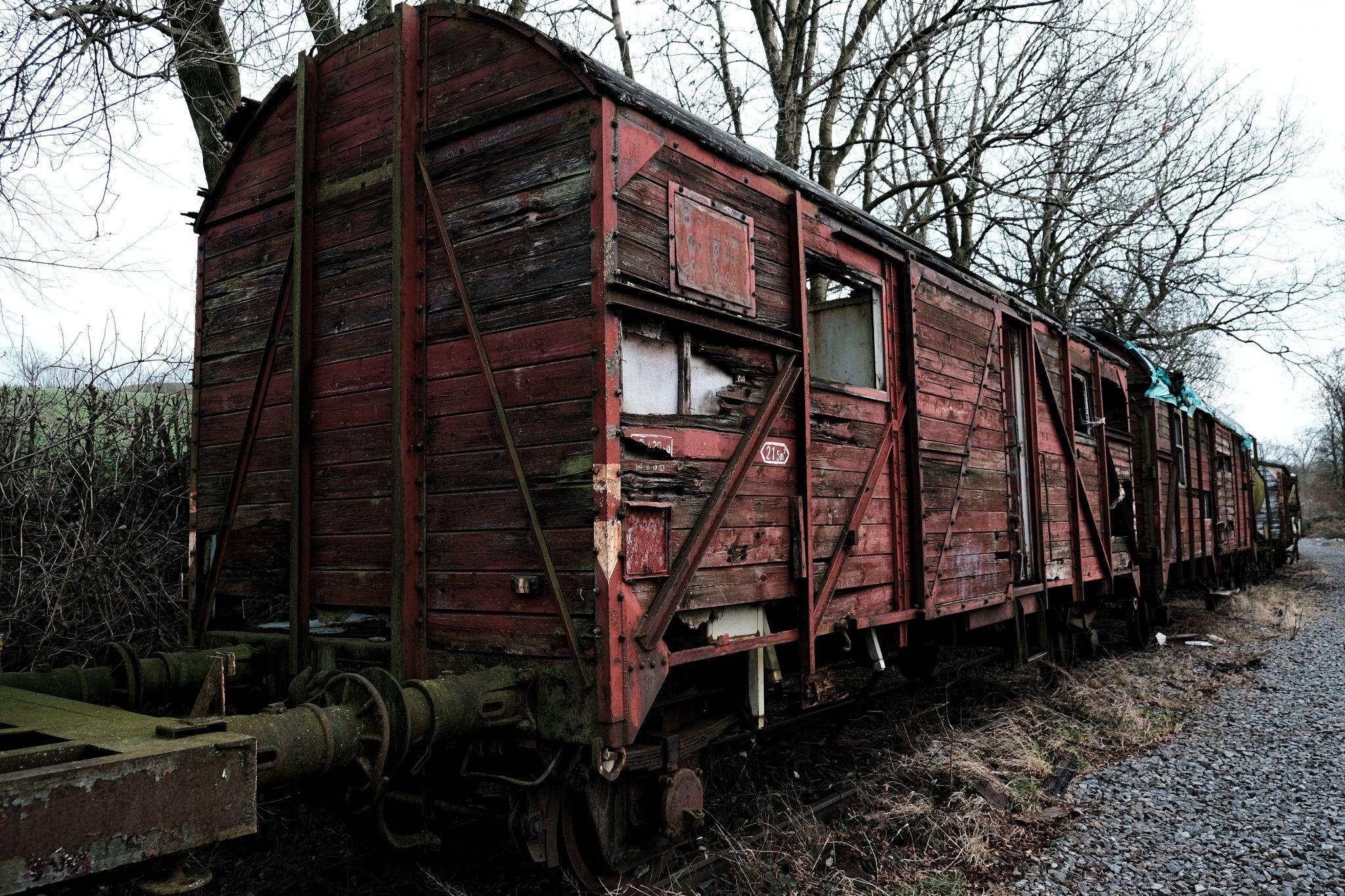 Verfallende Züge bei Hombourg, Belgium