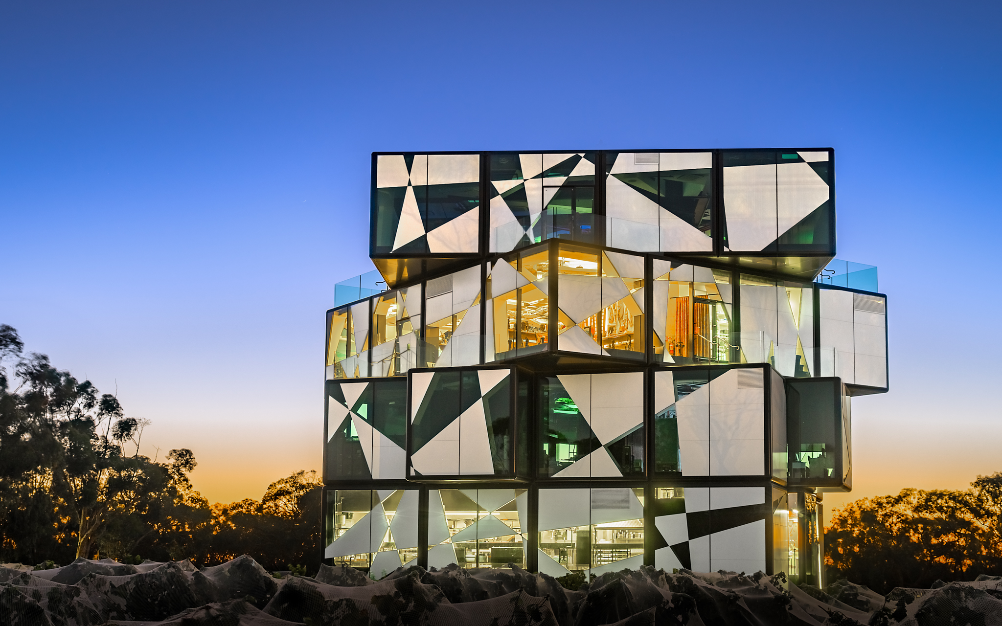 d'Arenberg Cube, Australia