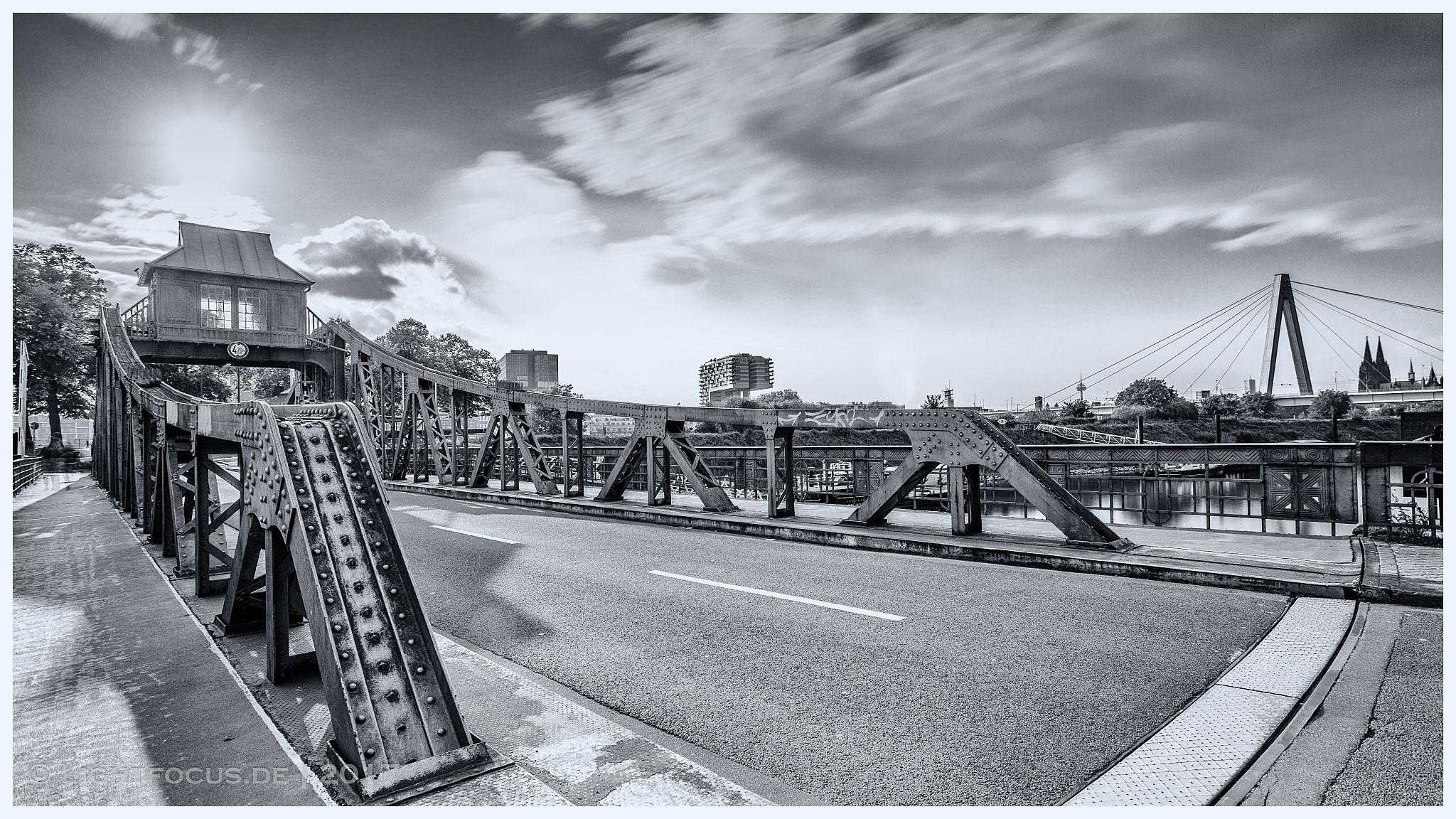 Drehbrücke Deutz / Poll, Germany