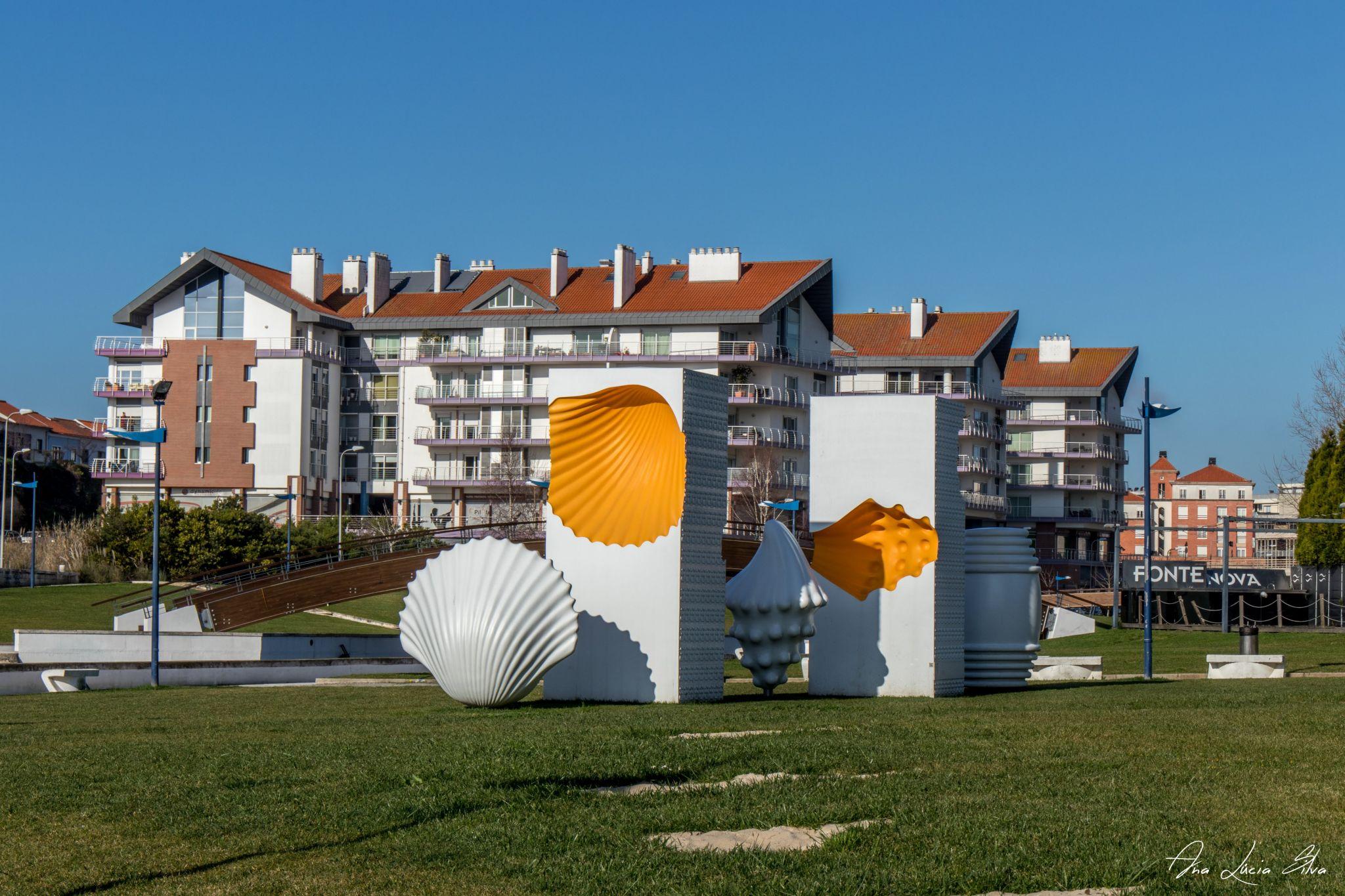 Monumento Ovo Mole, Portugal