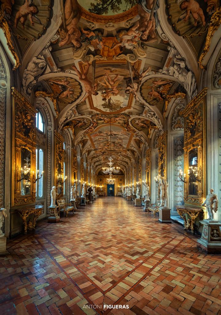 Palazzo Doria Pamphilj, Mirror's Gallery, Italy