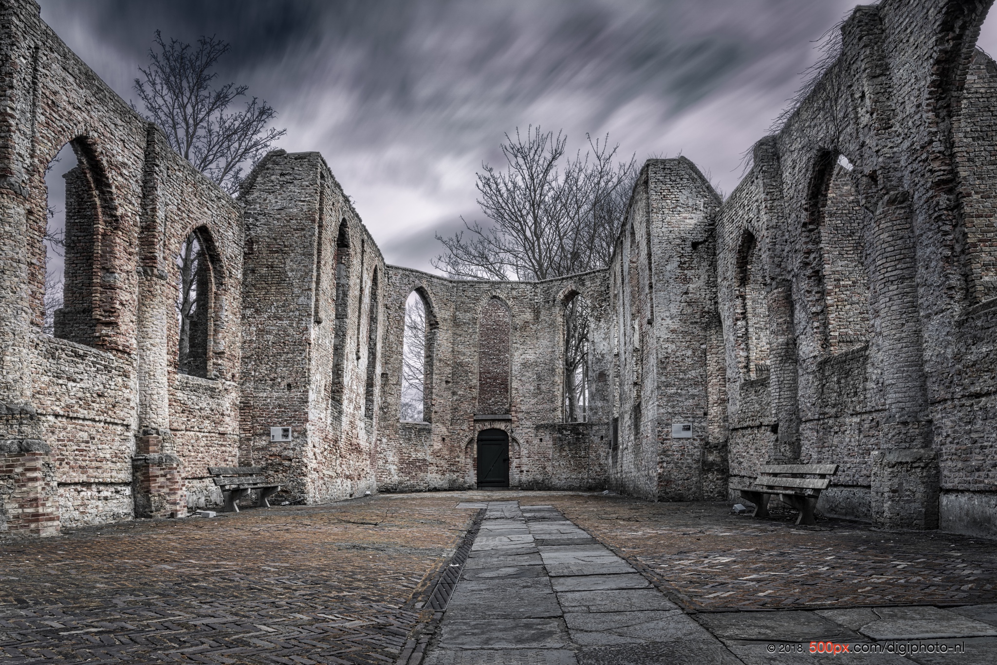 Ruïnekerk in Oude Niedorp, Netherlands