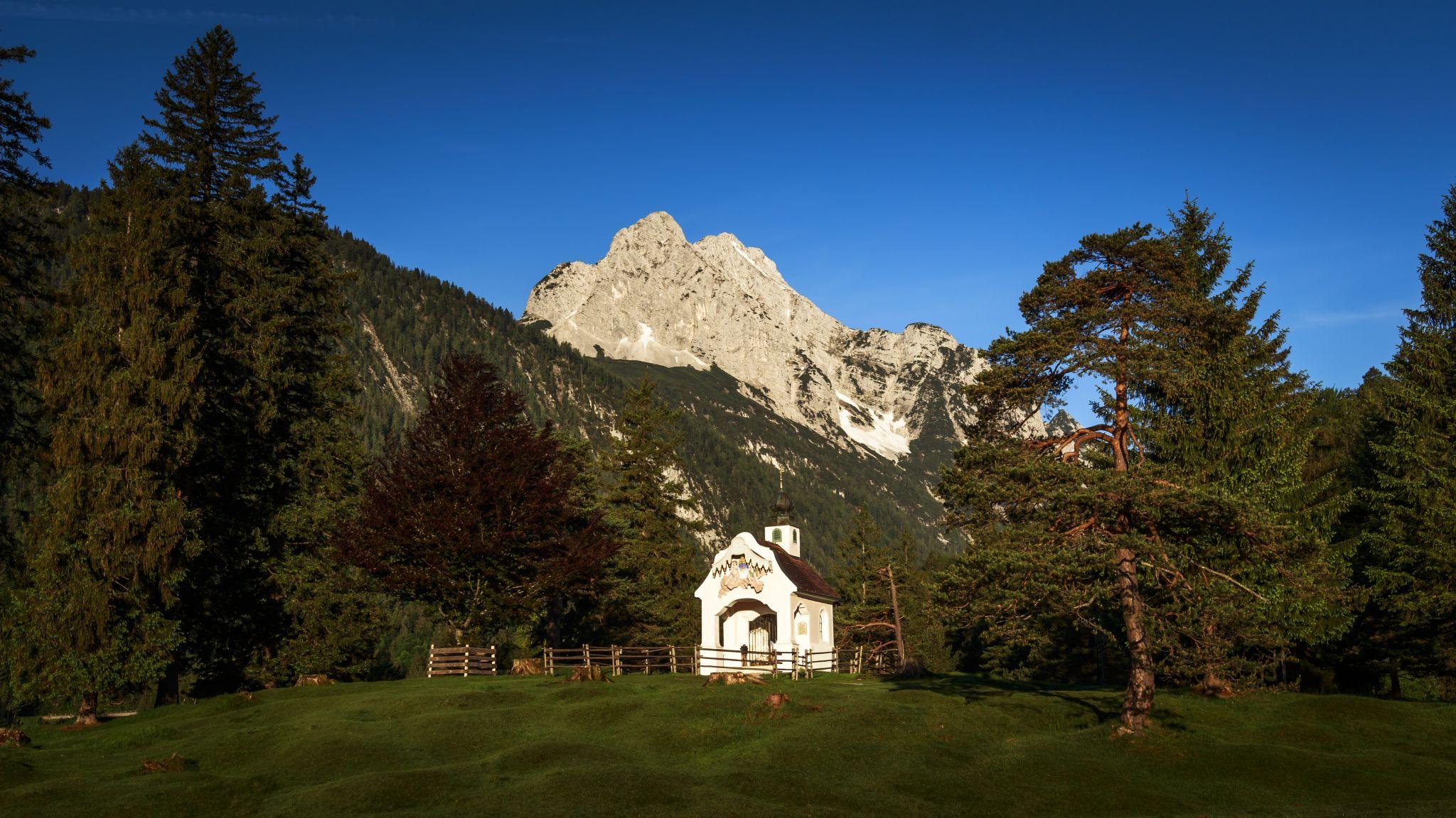 Chapel Maria Queen @ Lake Lauter, Germany