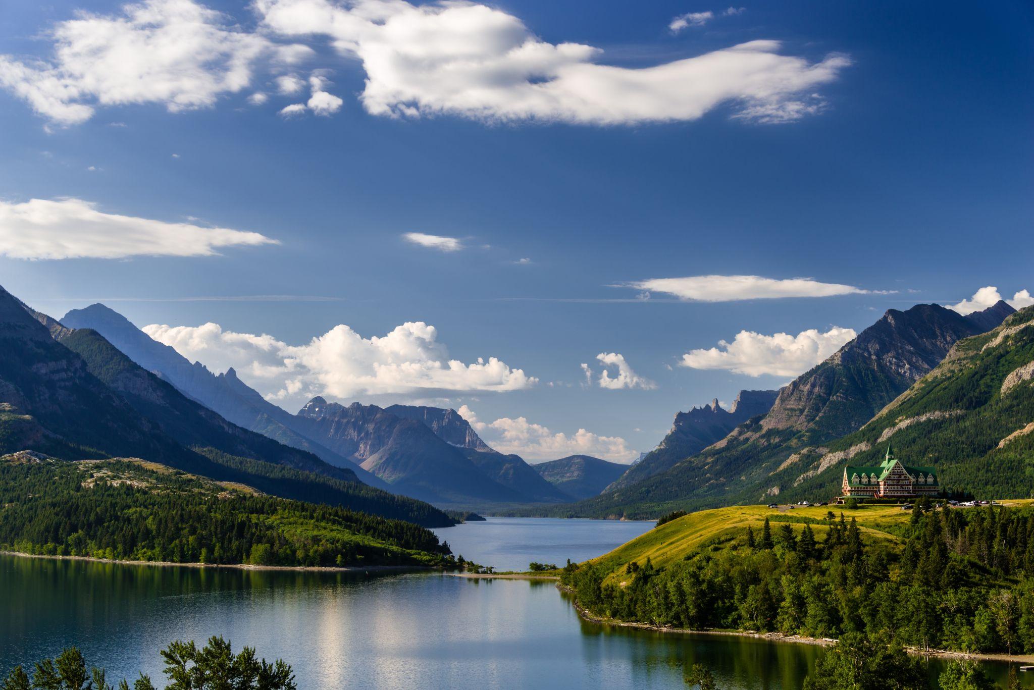 Waterton Lakes Viewpoint, Canada