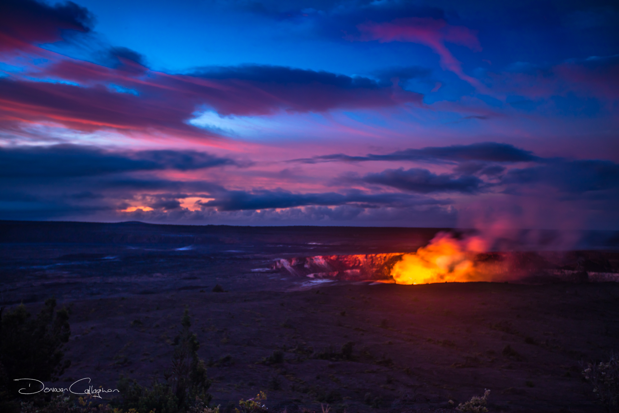 Halemaumau Crater Kilauea Calderat Sunrise Big Island Hawaii, USA