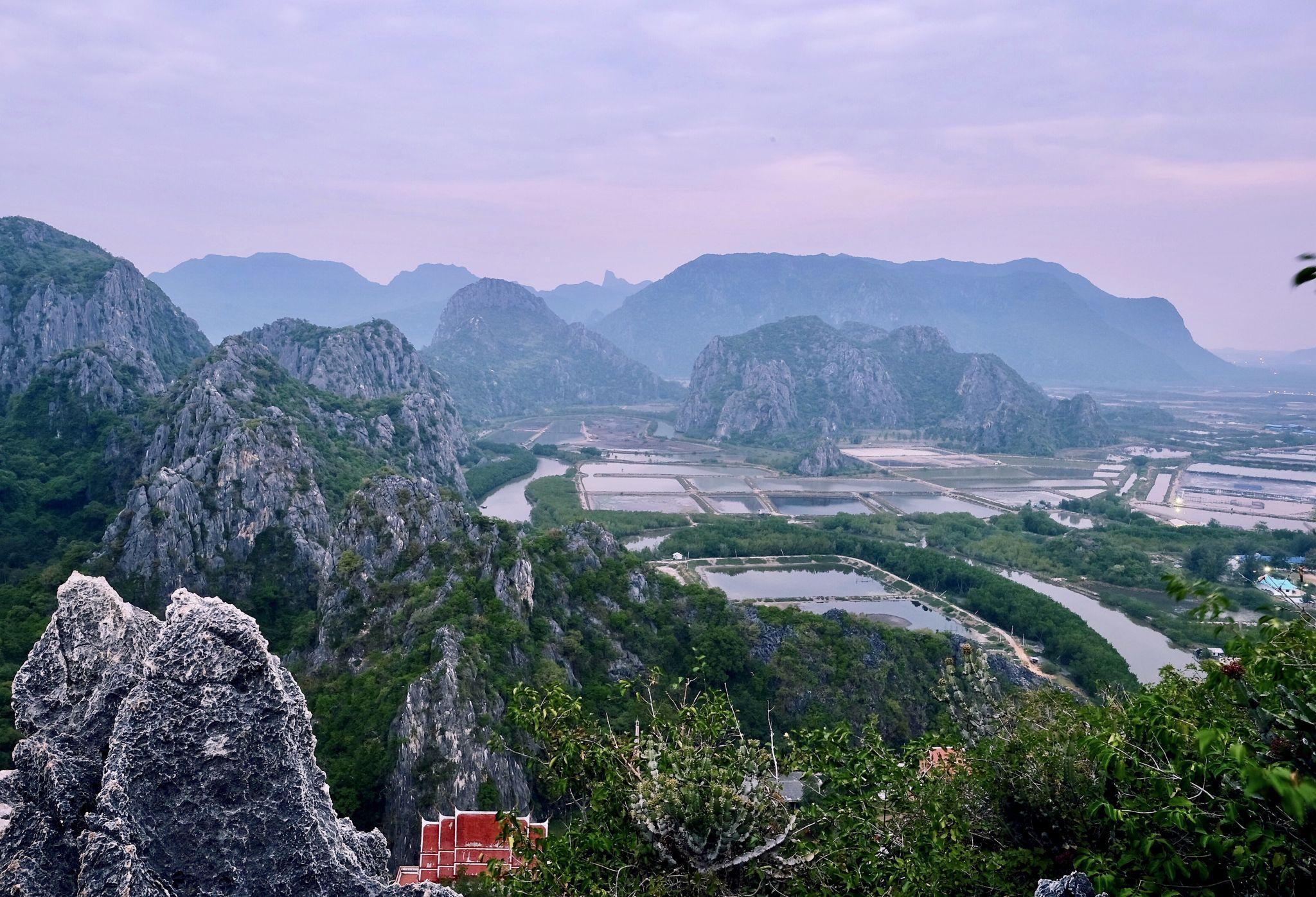 Khao Daeng Viewpoint, Thailand
