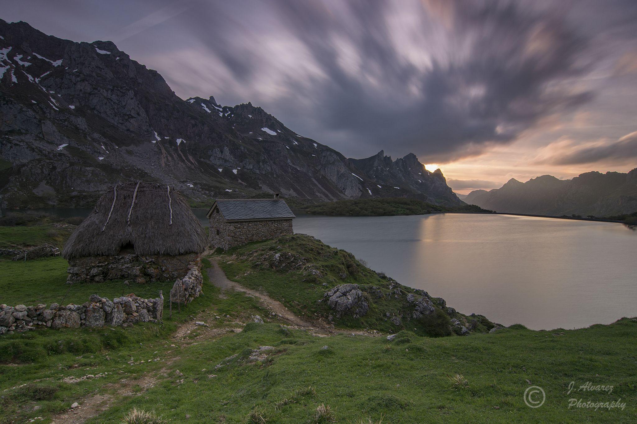 Lago del Valle, Spain