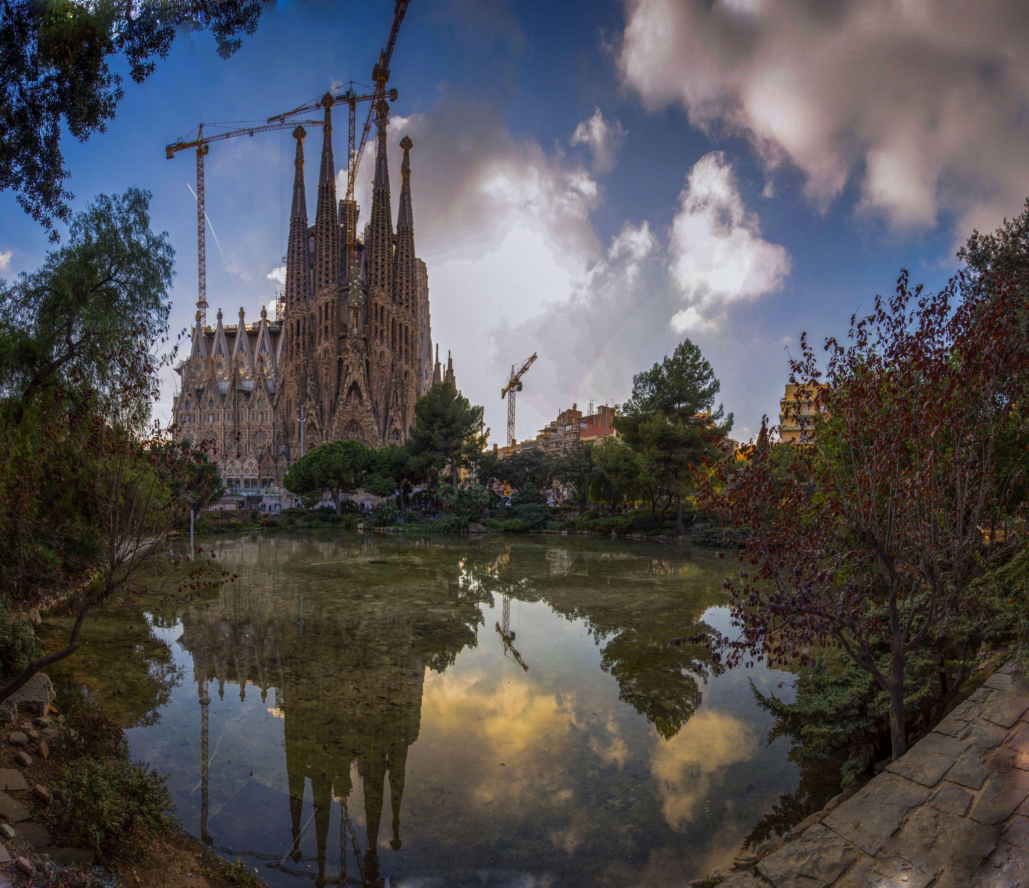 Sagrada Familia Barcelona, Spain