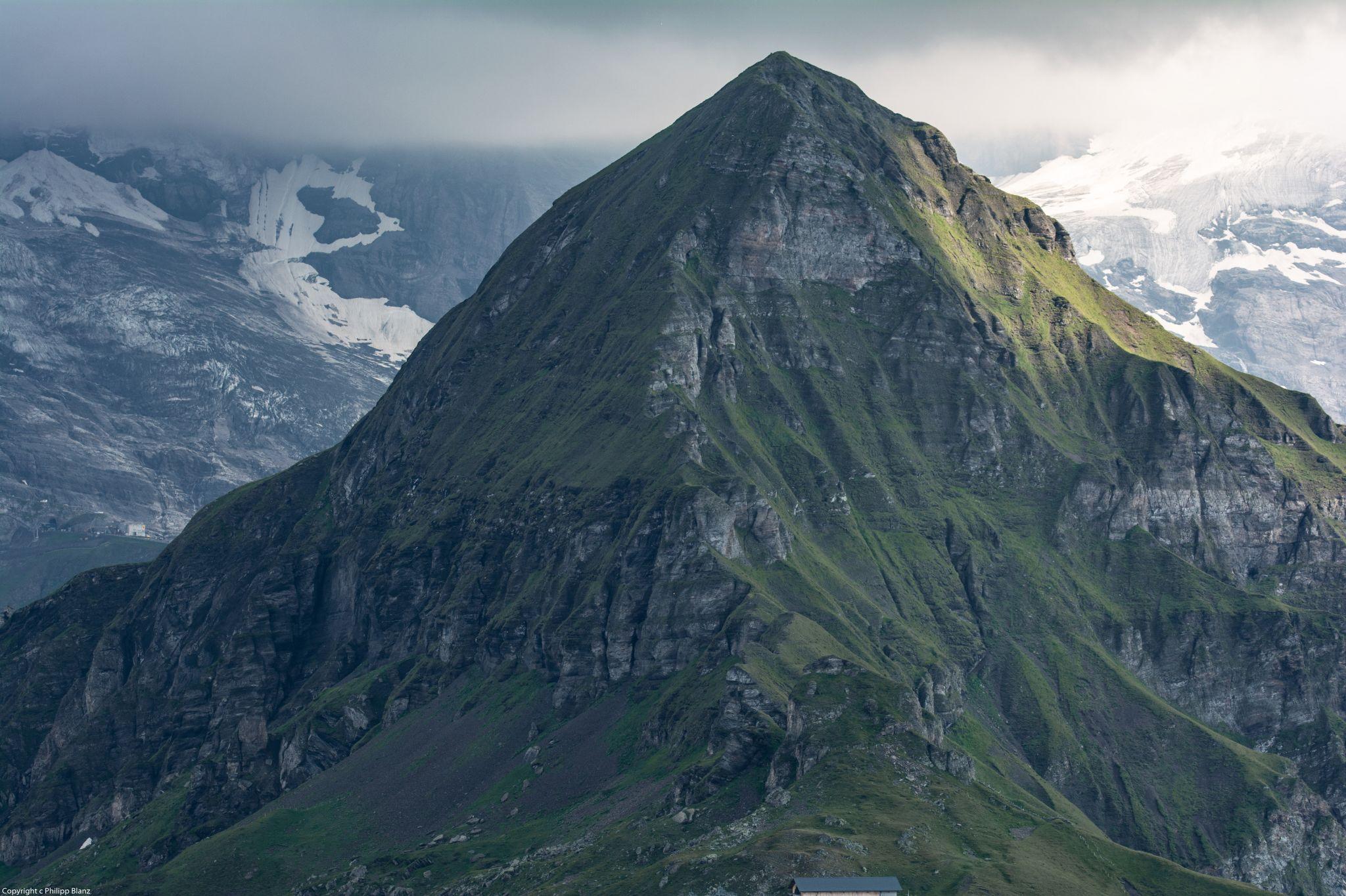 Tschuggen, Lauterbrunnen valley, Switzerland