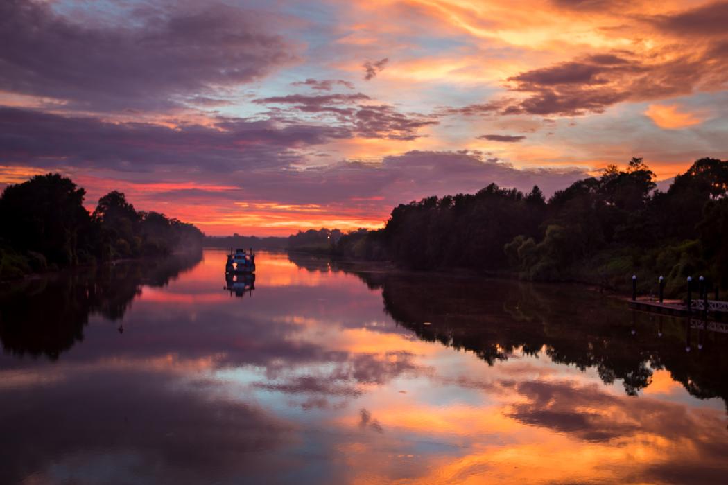 Windsor Paddle Boat Sunrise, Australia