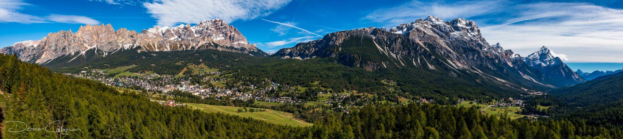 Cortina d'Ampezzo panorama Dolomites, Italy