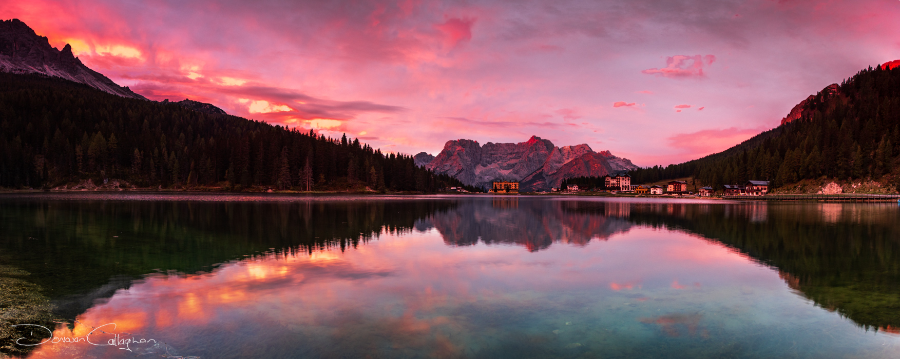Lake Misurina sunrise Pano, Italy