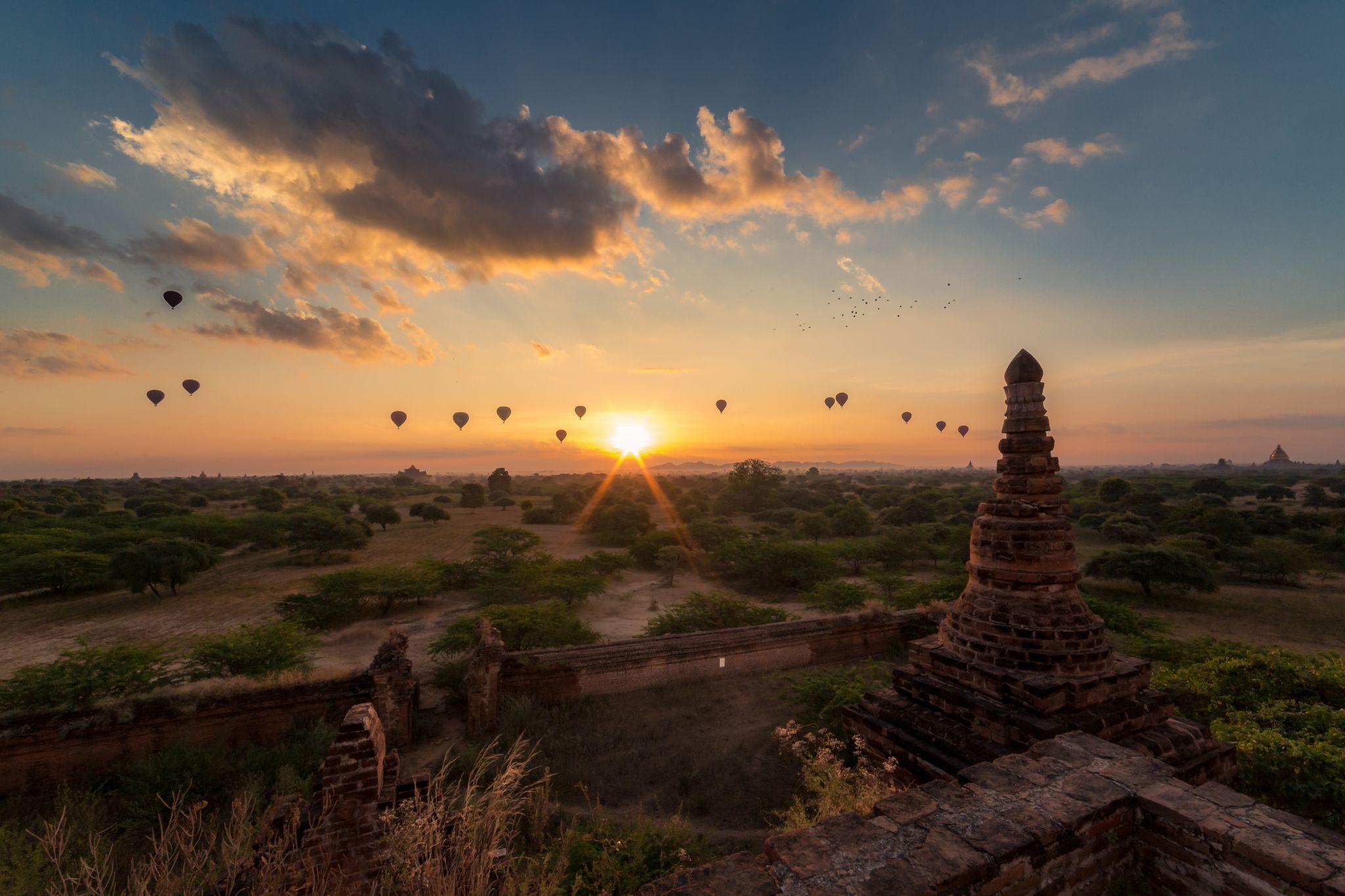 Bagan Ballooning, Myanmar