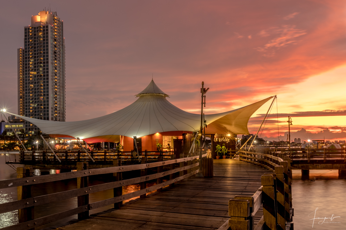Sunset at Le Bridge, Ancol - Jakarta, Indonesia