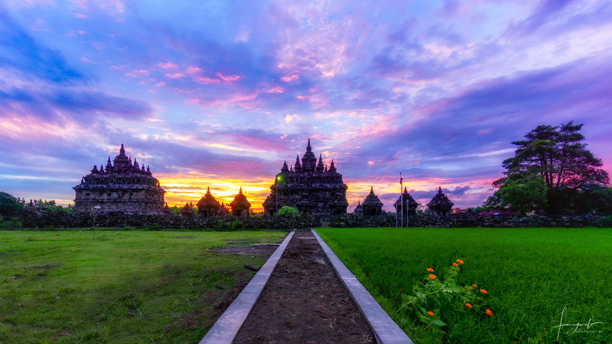 Sunset in Plaosan Temple, Indonesia