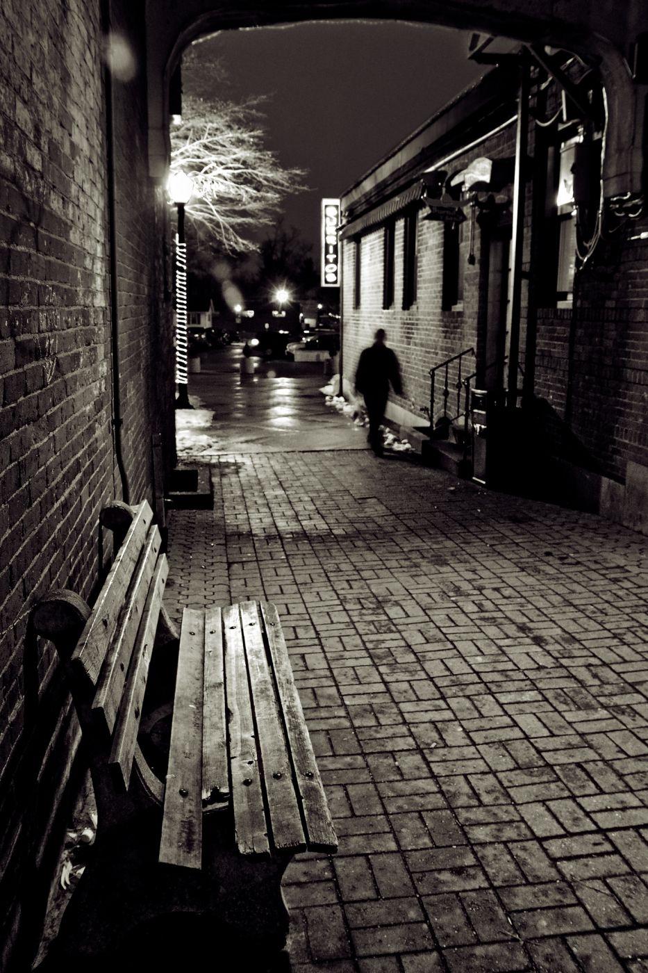 Bueno y Sano Alley, USA