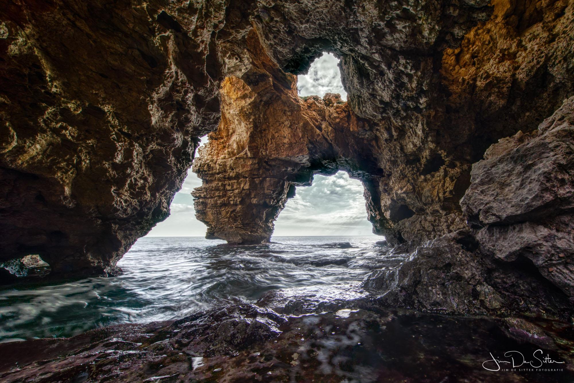 Cova del Arcs, Spain