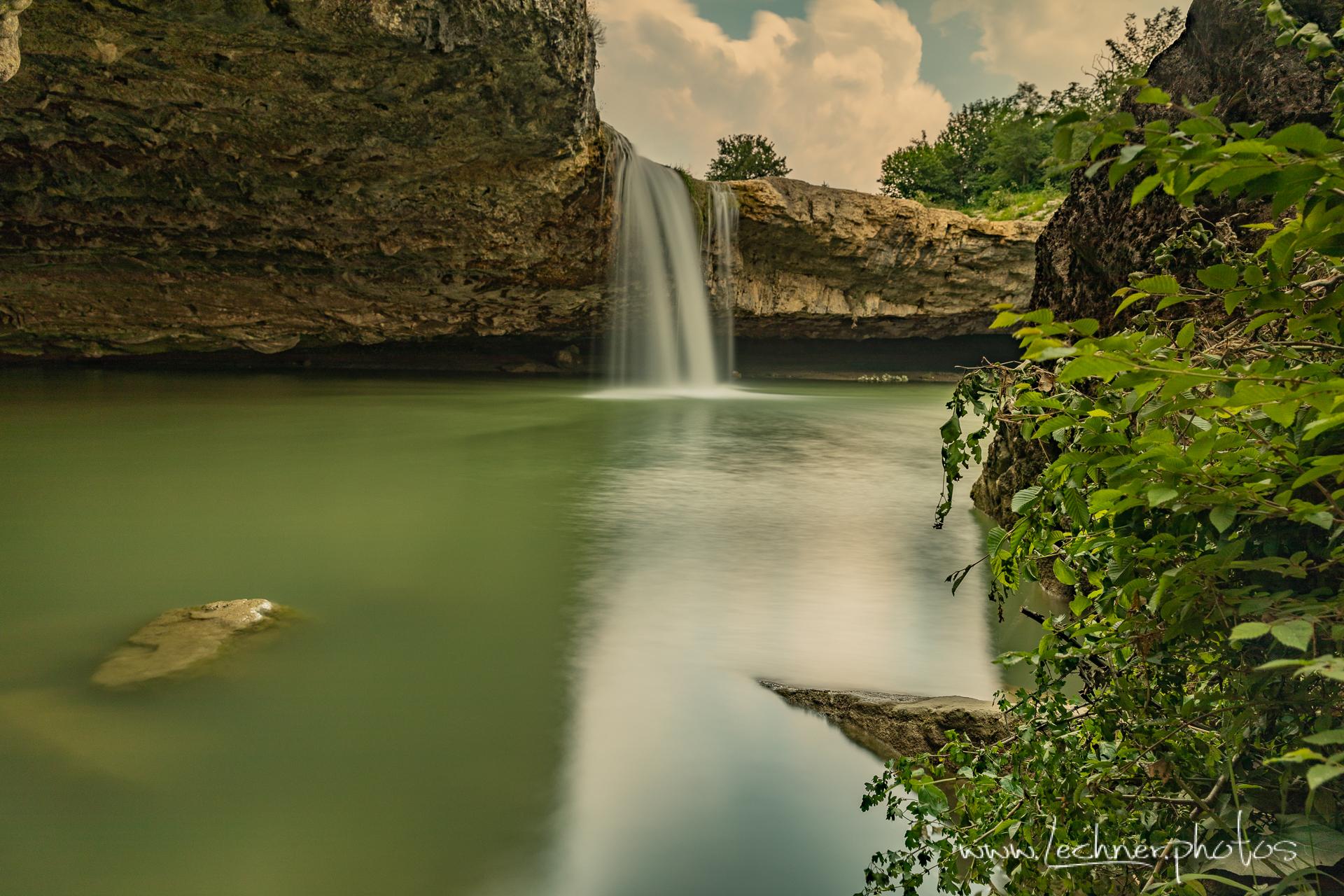 Waterfall Zarecki Krov, Croatia