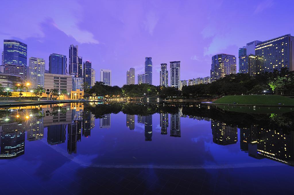 Tasik Simfoni, Petronas Twin Towers, Kuala Lumpur, Malaysia
