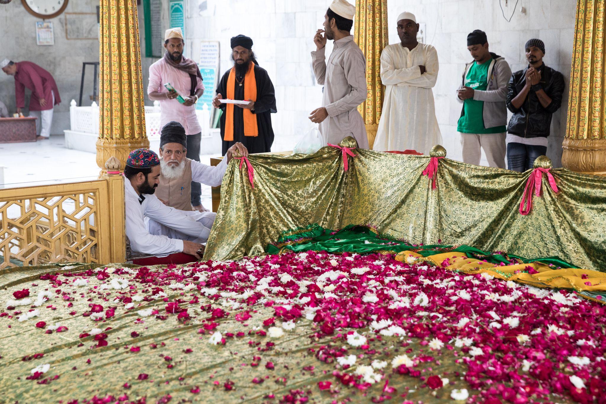 Dargah Qutbuddin Bakhtiyar Kaki, India