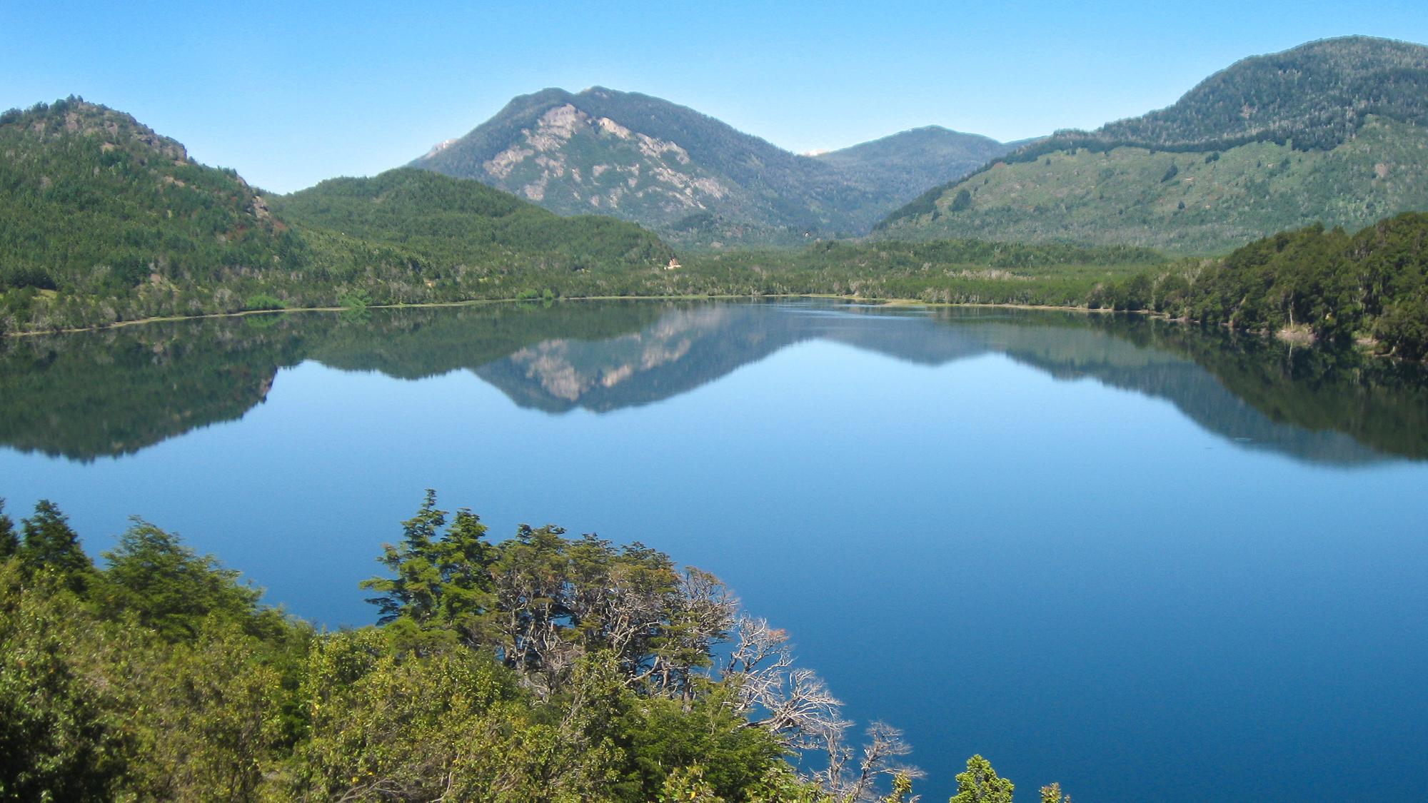 Filo Hua Hum lake, Argentina