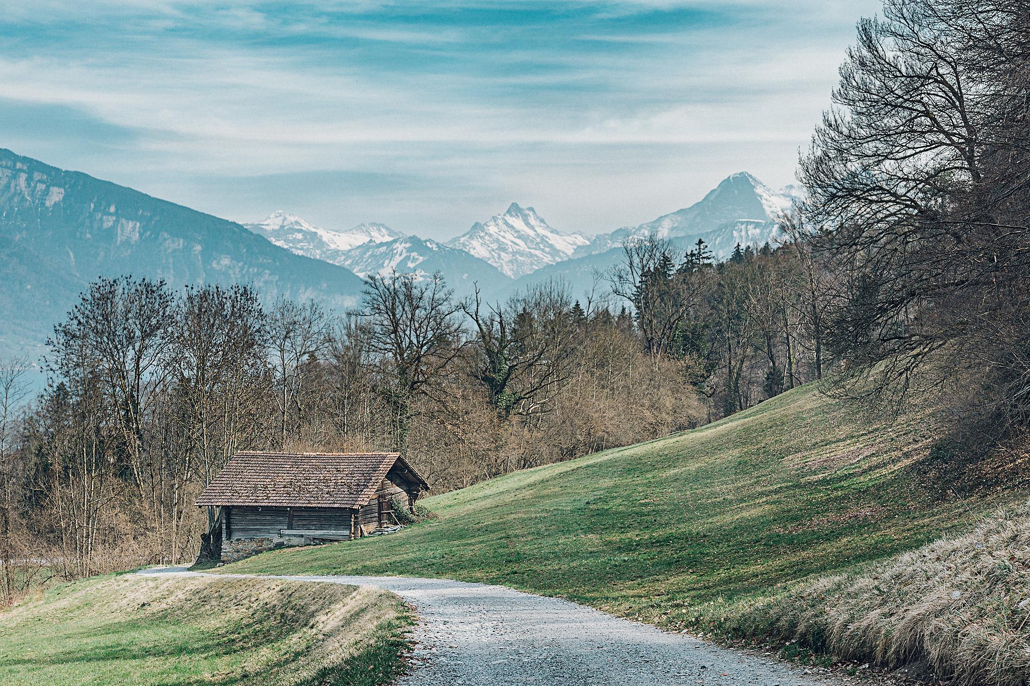Auf dem weg zur Strättligburg, Switzerland