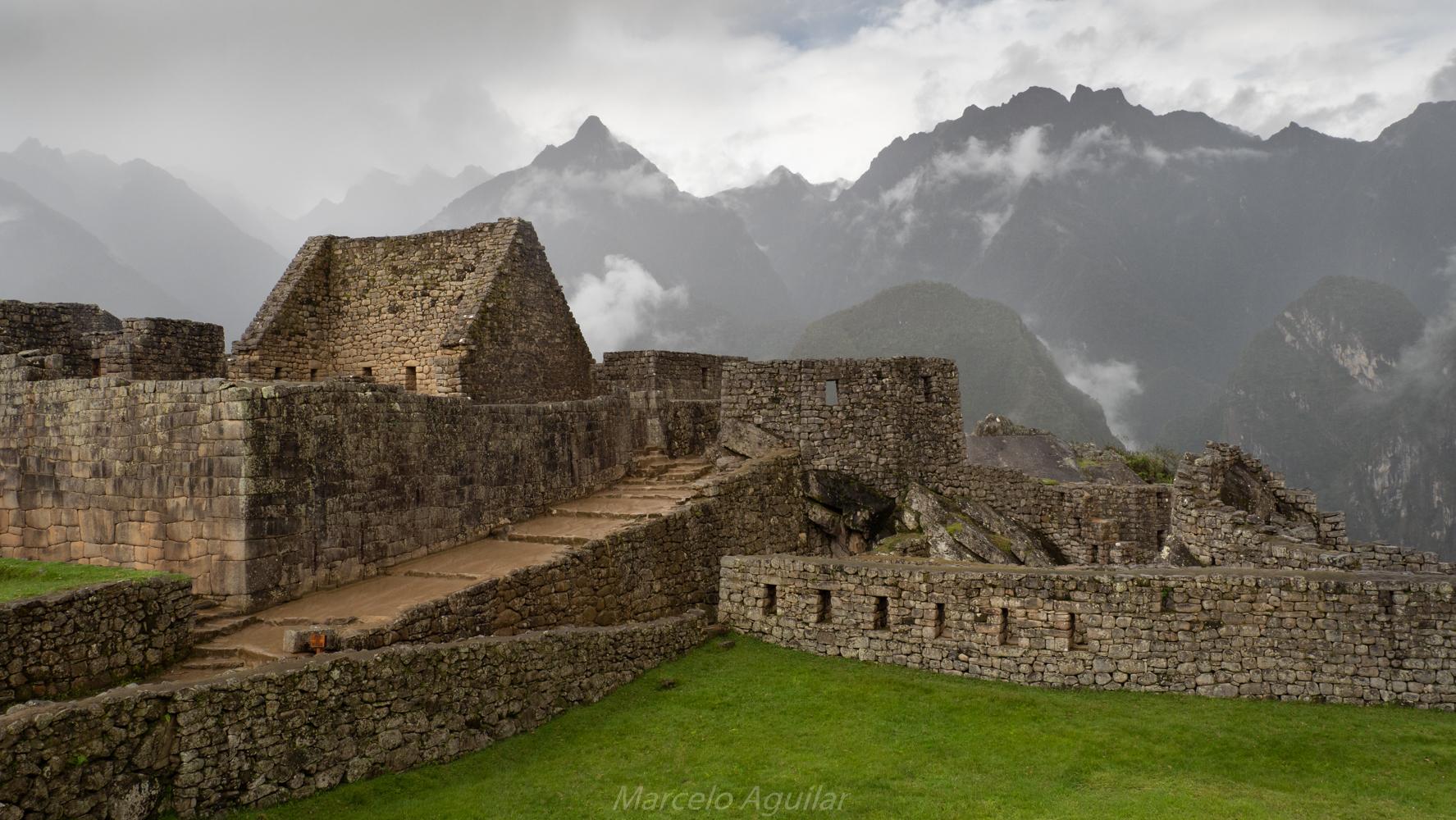 Machu Picchu , intimachay, Peru