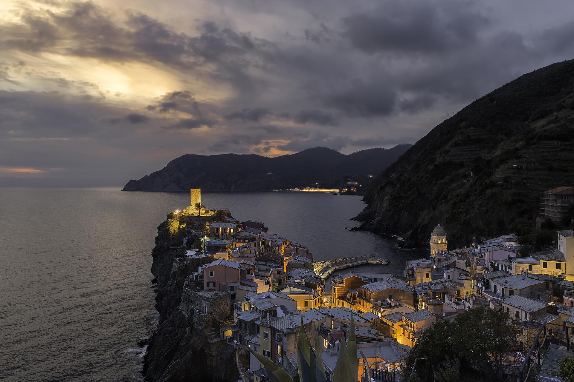 Vernazzas famous photo spot, Italy