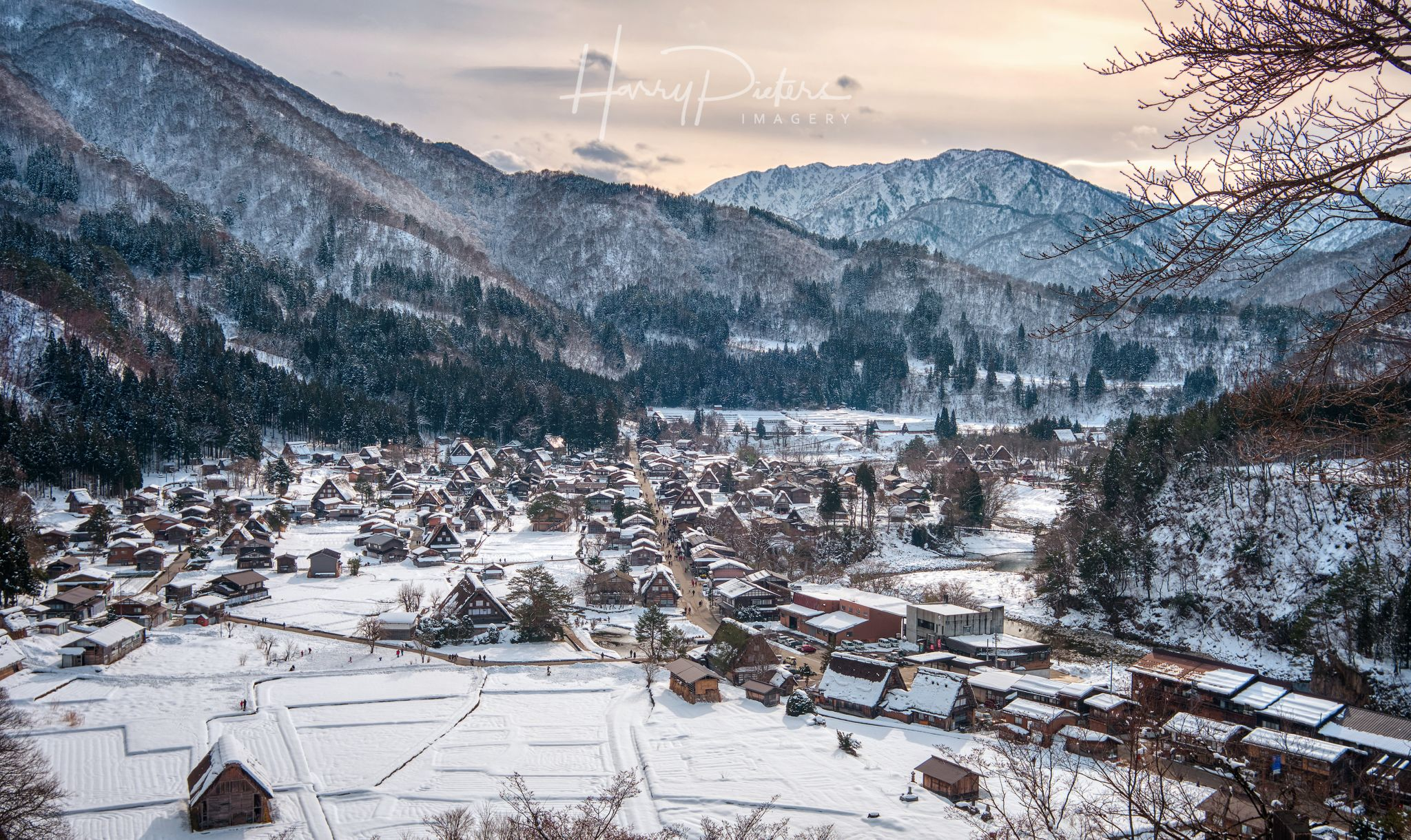 Winter Wonderland Shirakawa-go, Japan