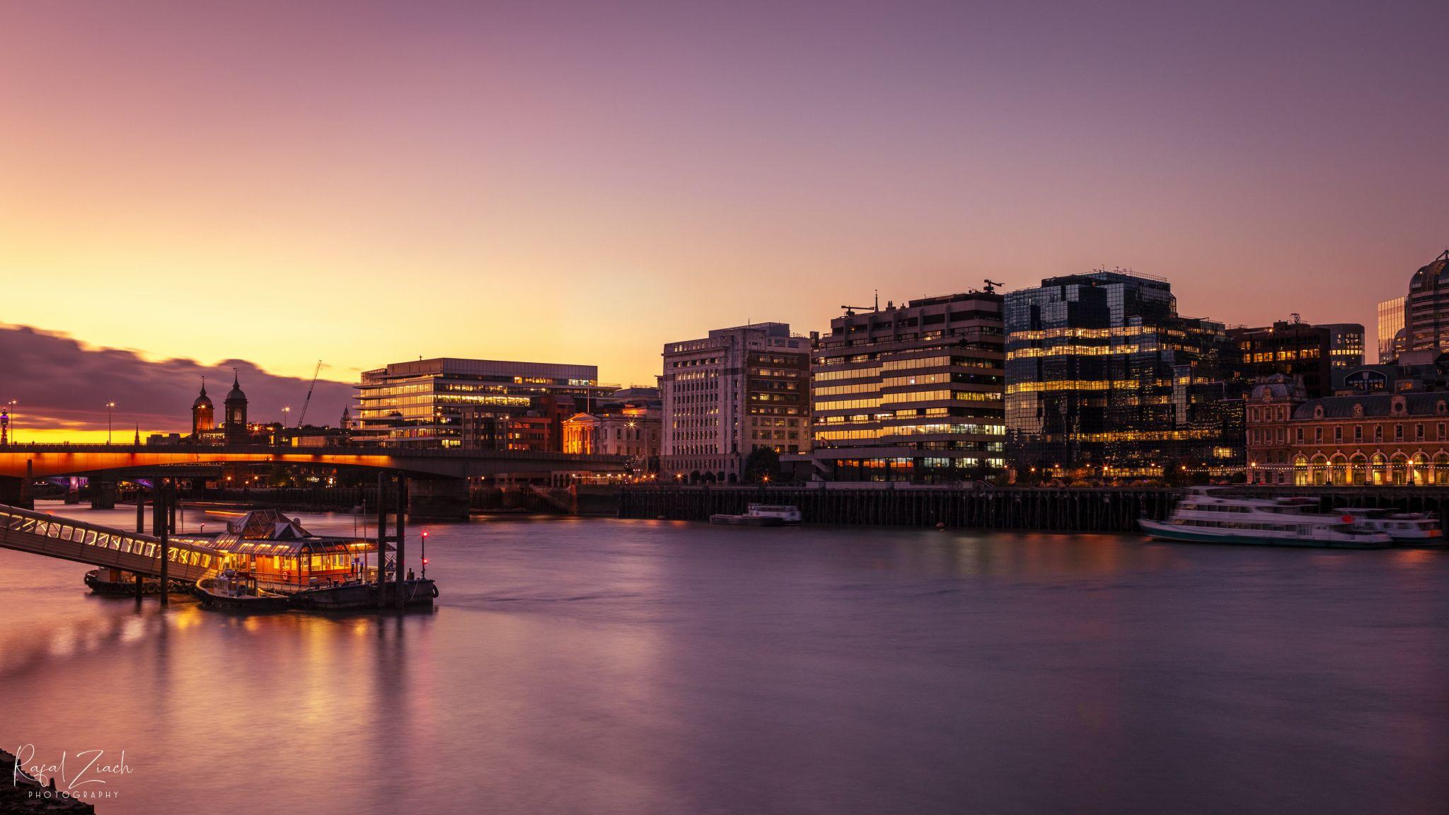 London , Thames Walk Path, United Kingdom