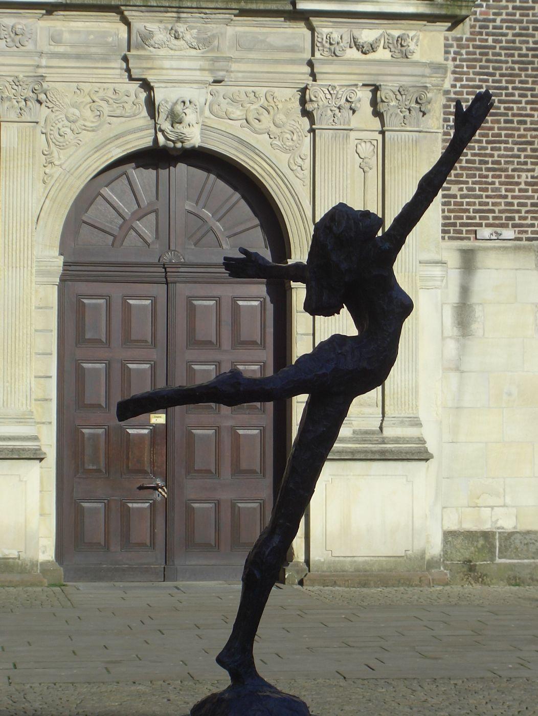 Tänzerin, Germany