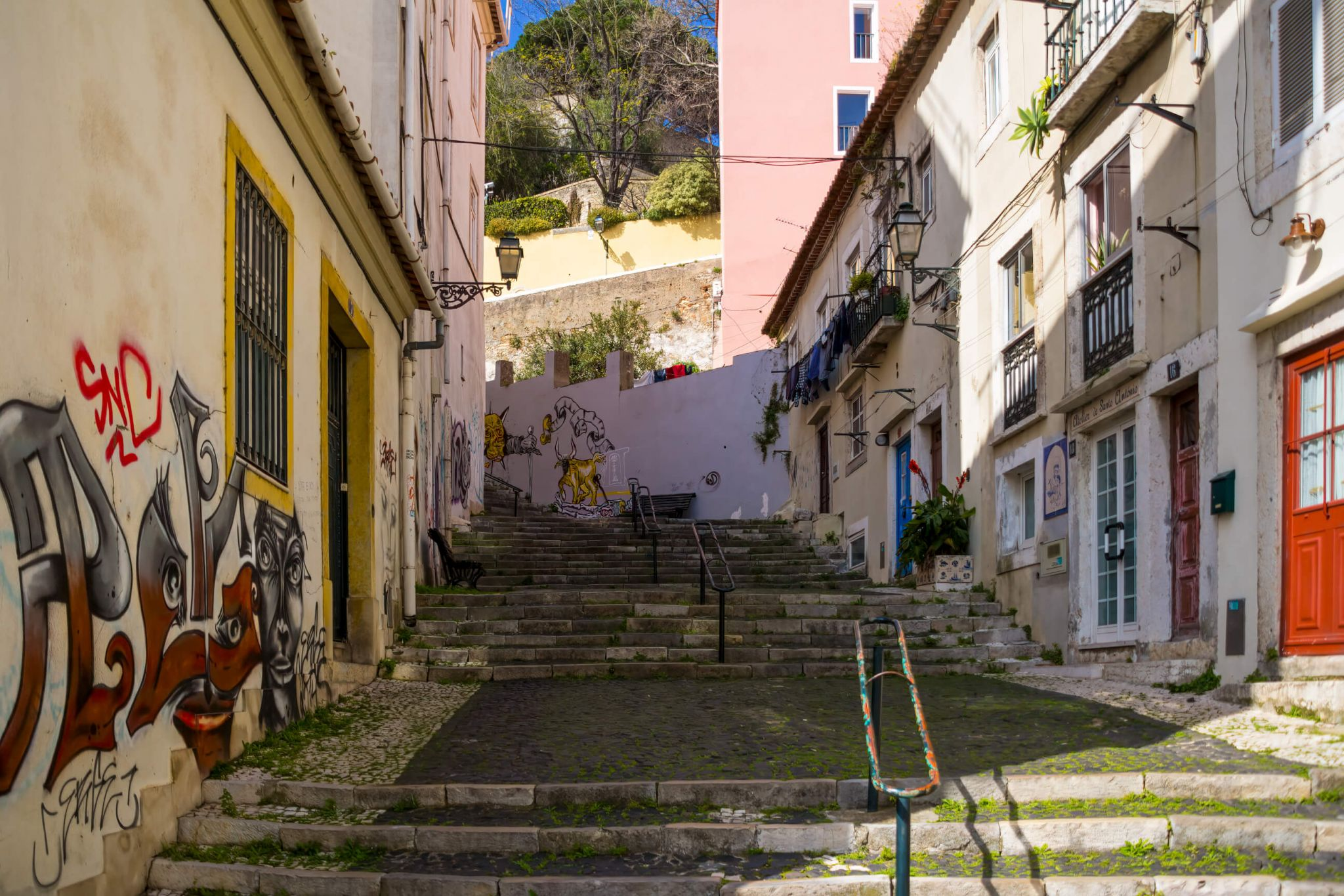 Lisbon Escadinhas de São Crispim, Portugal