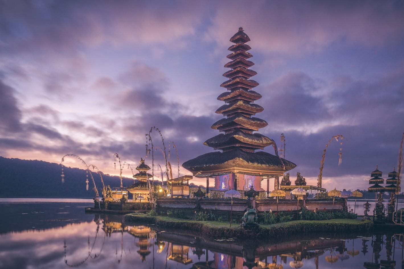 Ulun Danu Beratan, Indonesia