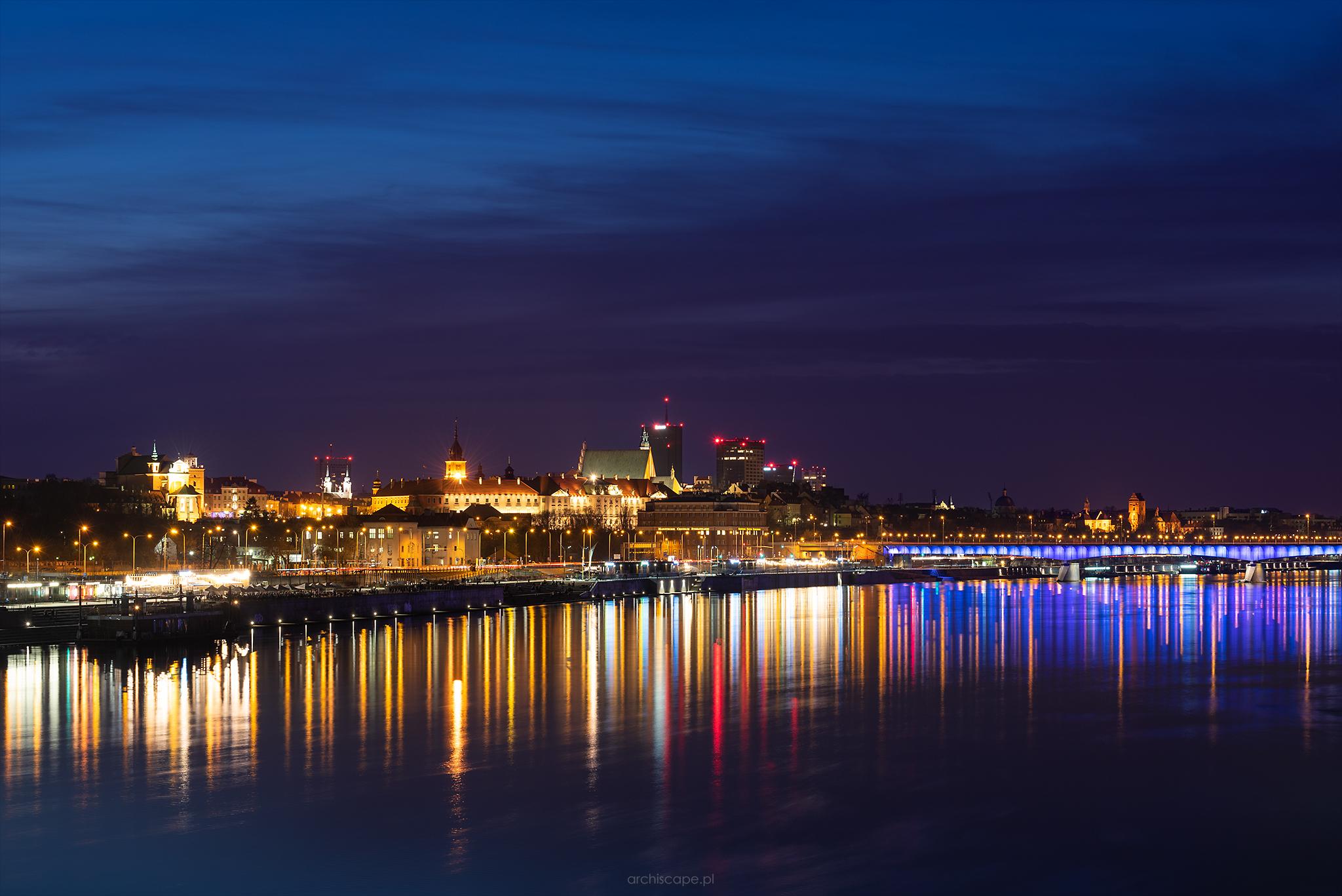 Warsaw Old Town panorama from Świętokrzyski Bridge, Poland