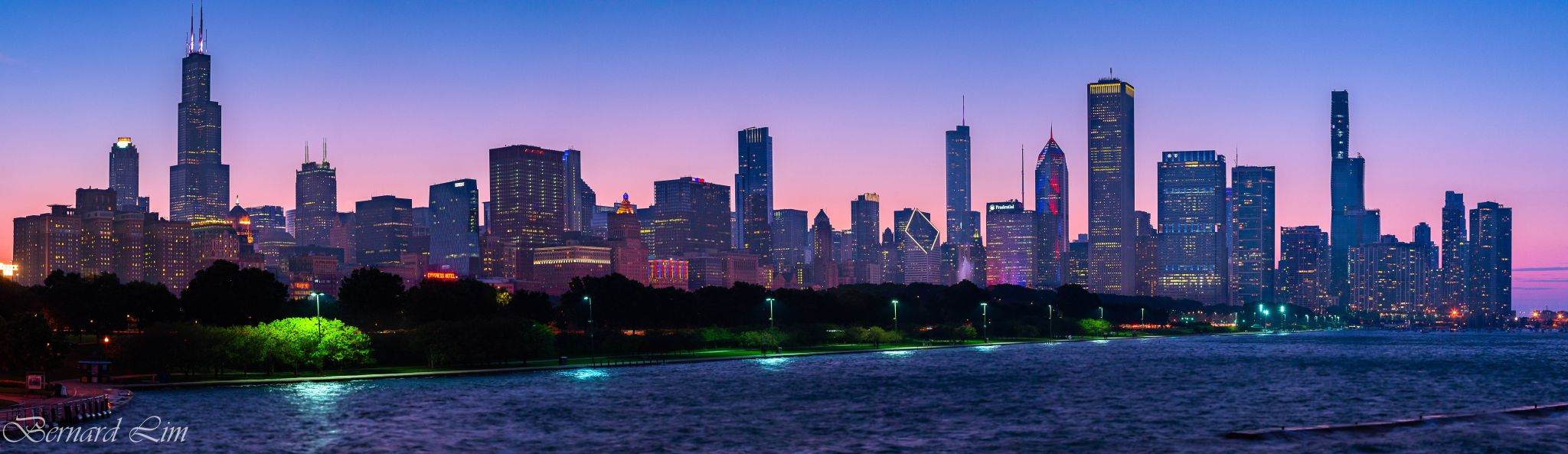 Chicago downtown from the Shedd Aquarium, USA