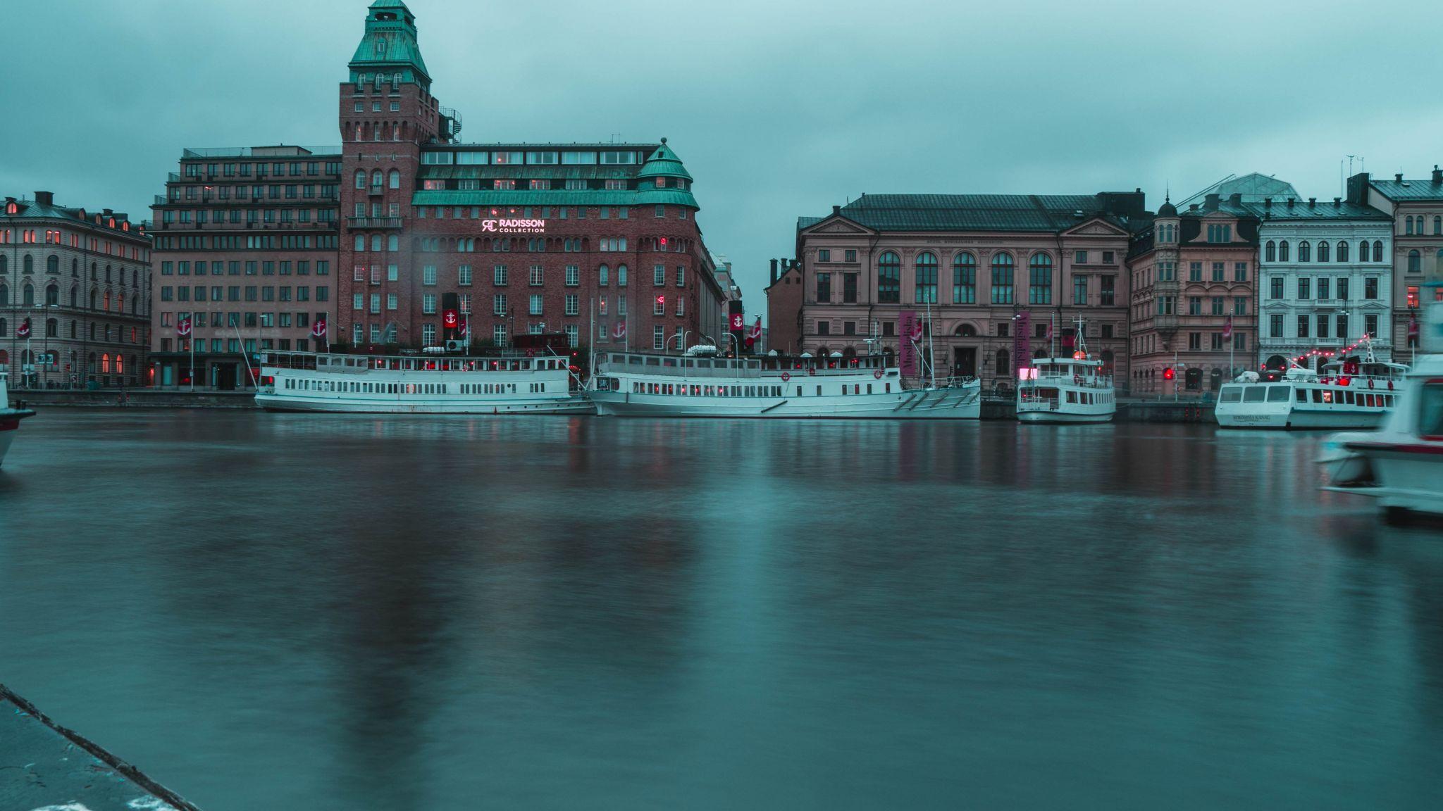 Radisson Hotel over Water, Sweden
