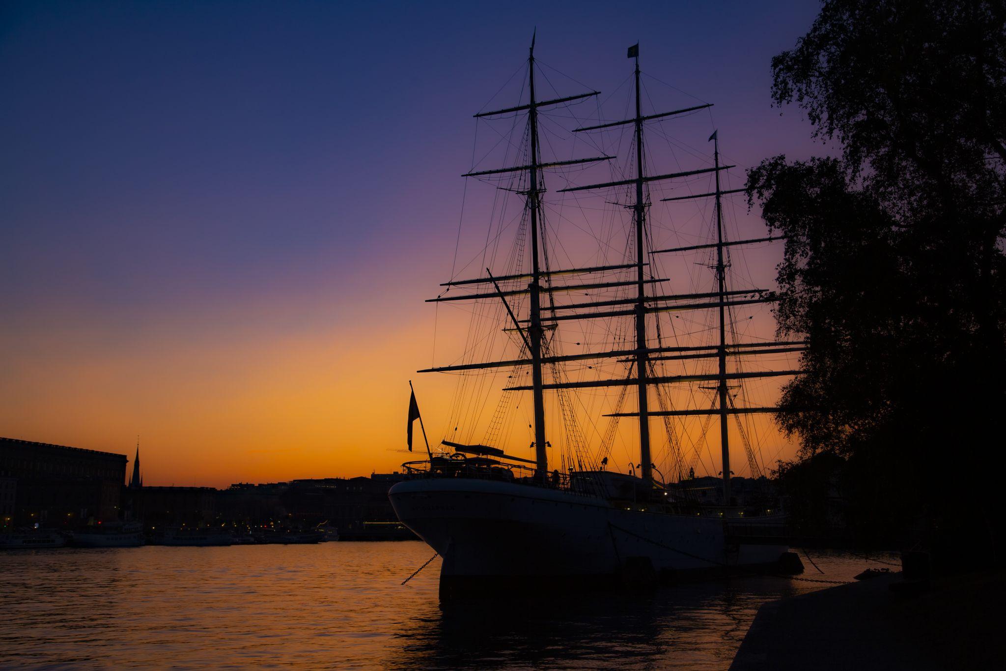 HMS Chapman, Sweden