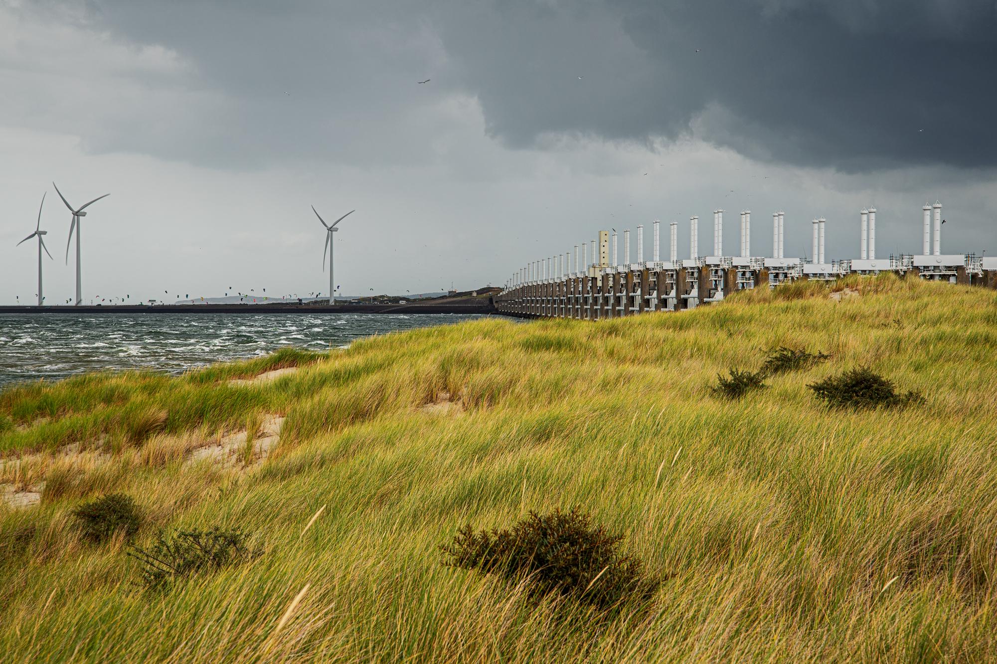 Oosterscheldekering / Oosterschelde brigde (Delta works), Netherlands