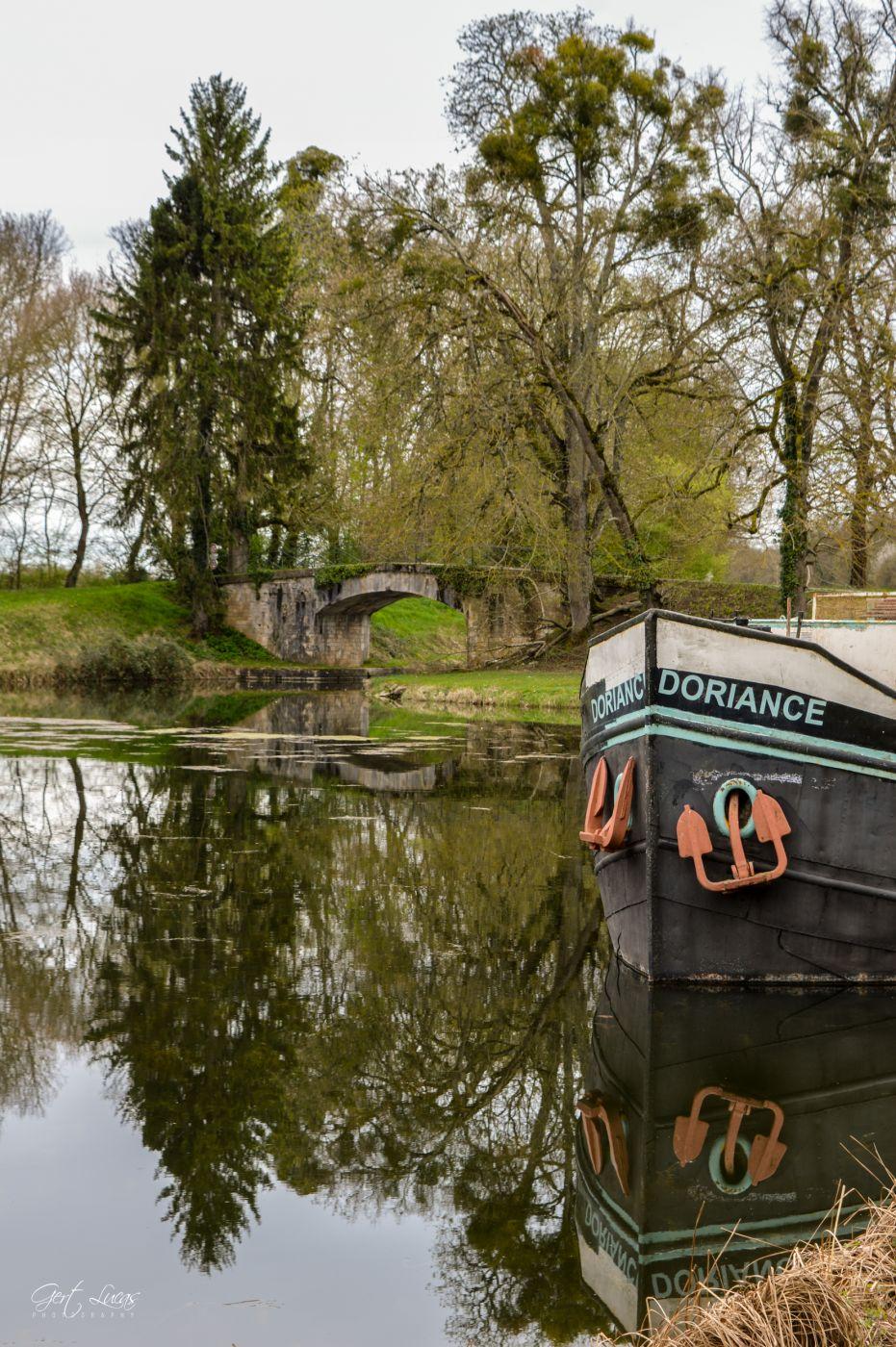 Port du Canal lateral a la Loire, France