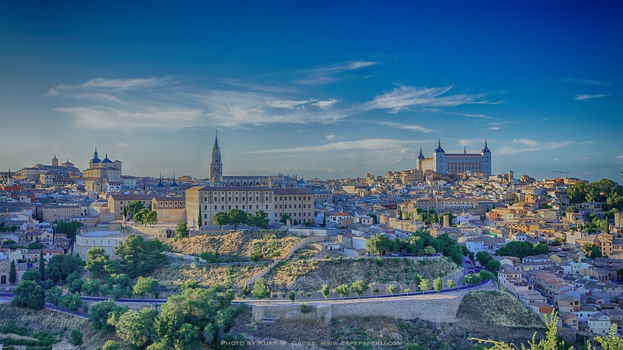 Ronda Toledo, street outside and around Toledo, Spain