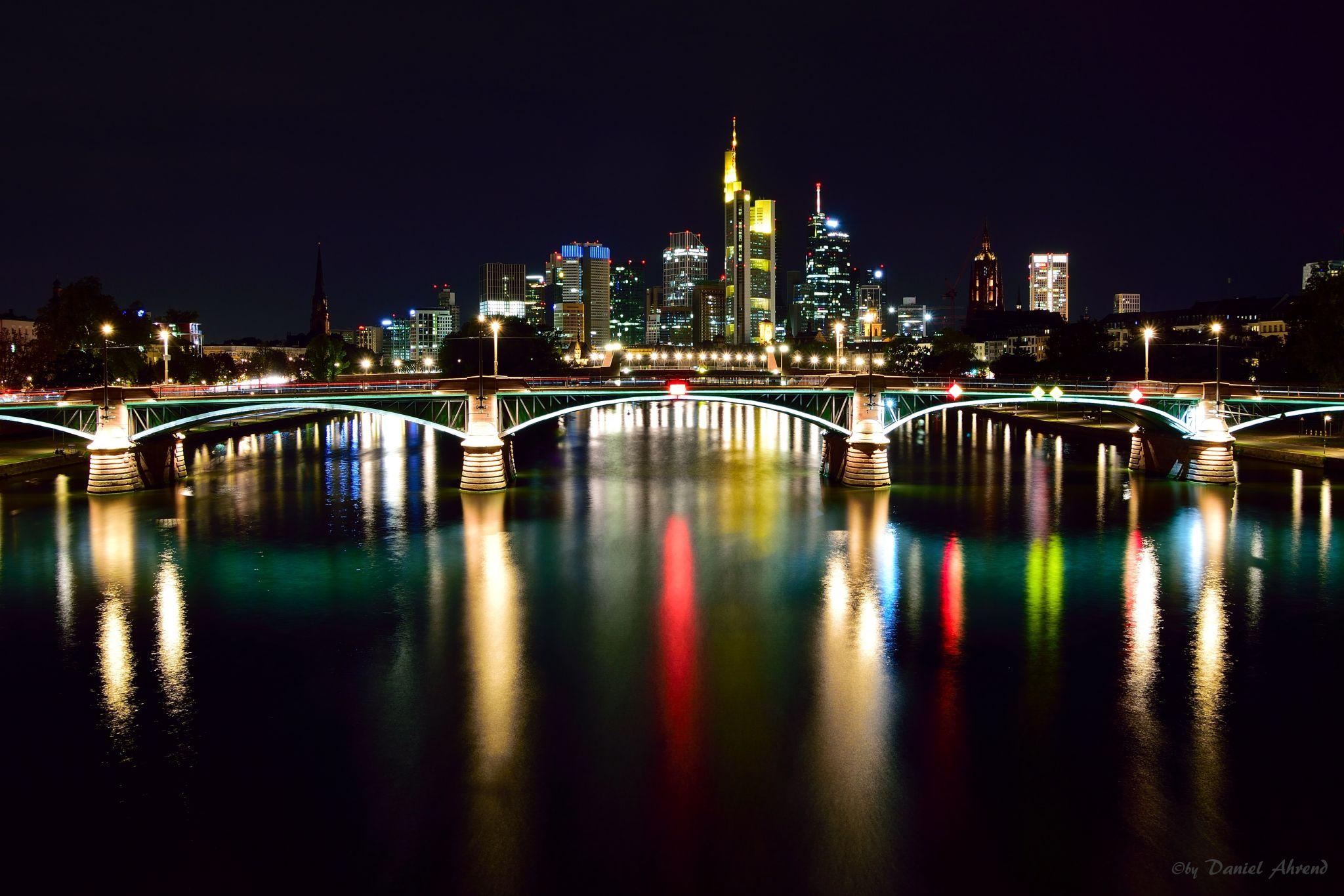 Flößerbrücke, Skyline Frankfurt am Main, Germany