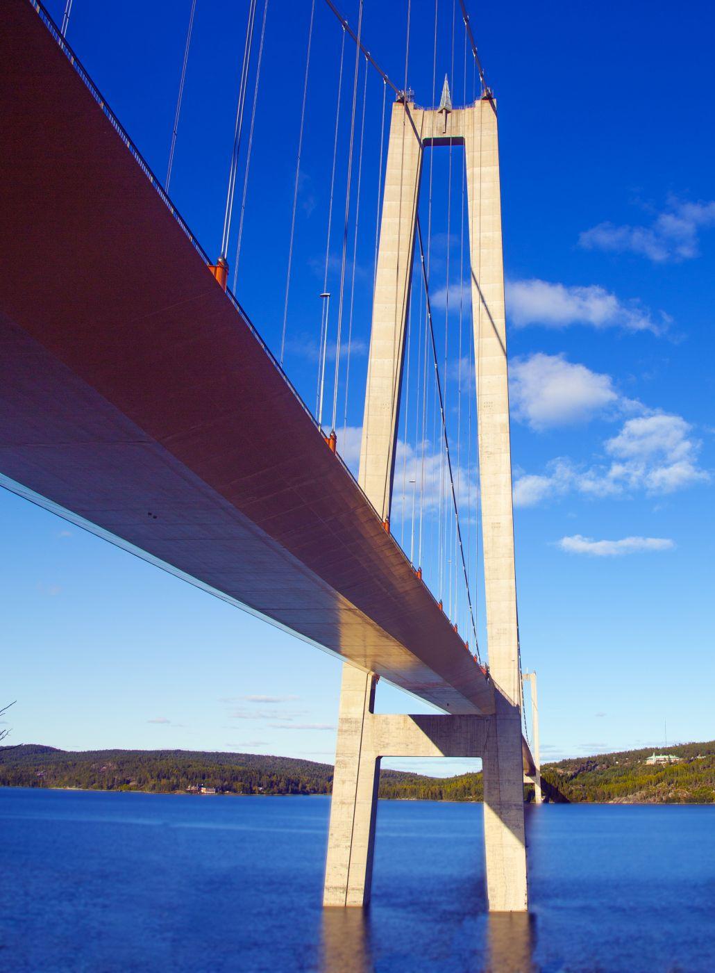 Högakustenbro, Sweden