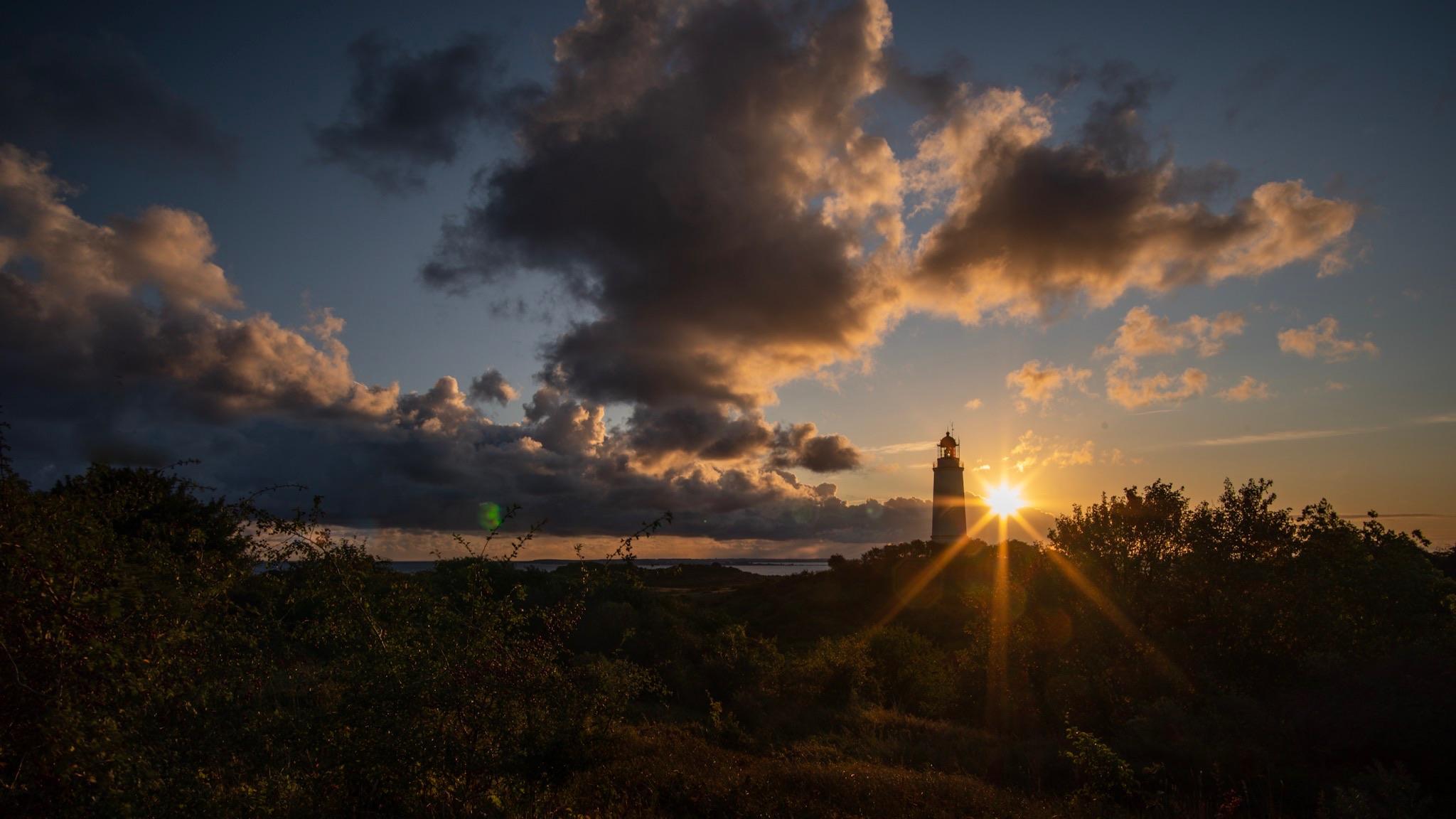Leuchtturm Dornbusch bei Sonnenaufgang, Germany