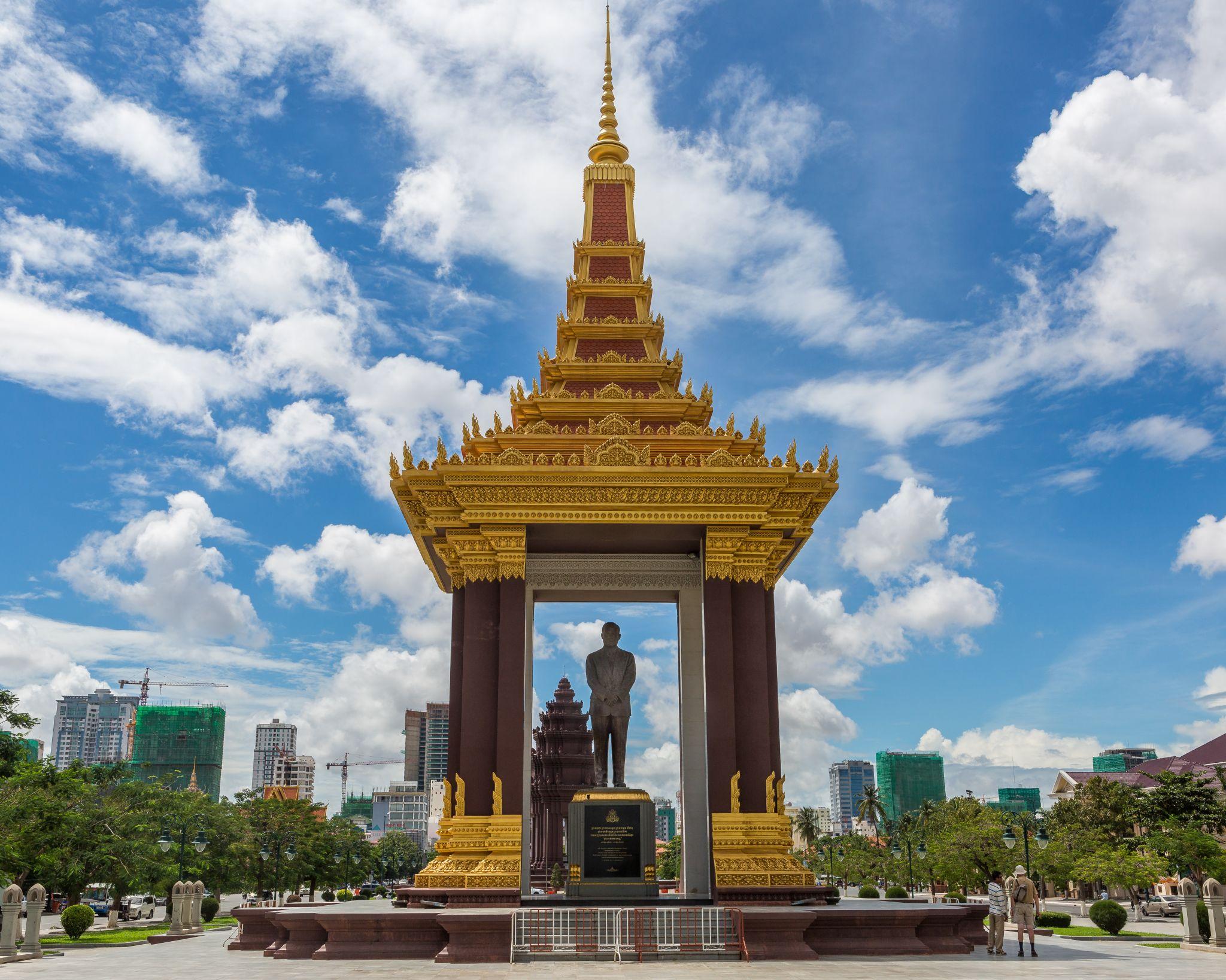 Statue of King Father Norodom Sihanouk, Phnom Penh, Cambodia