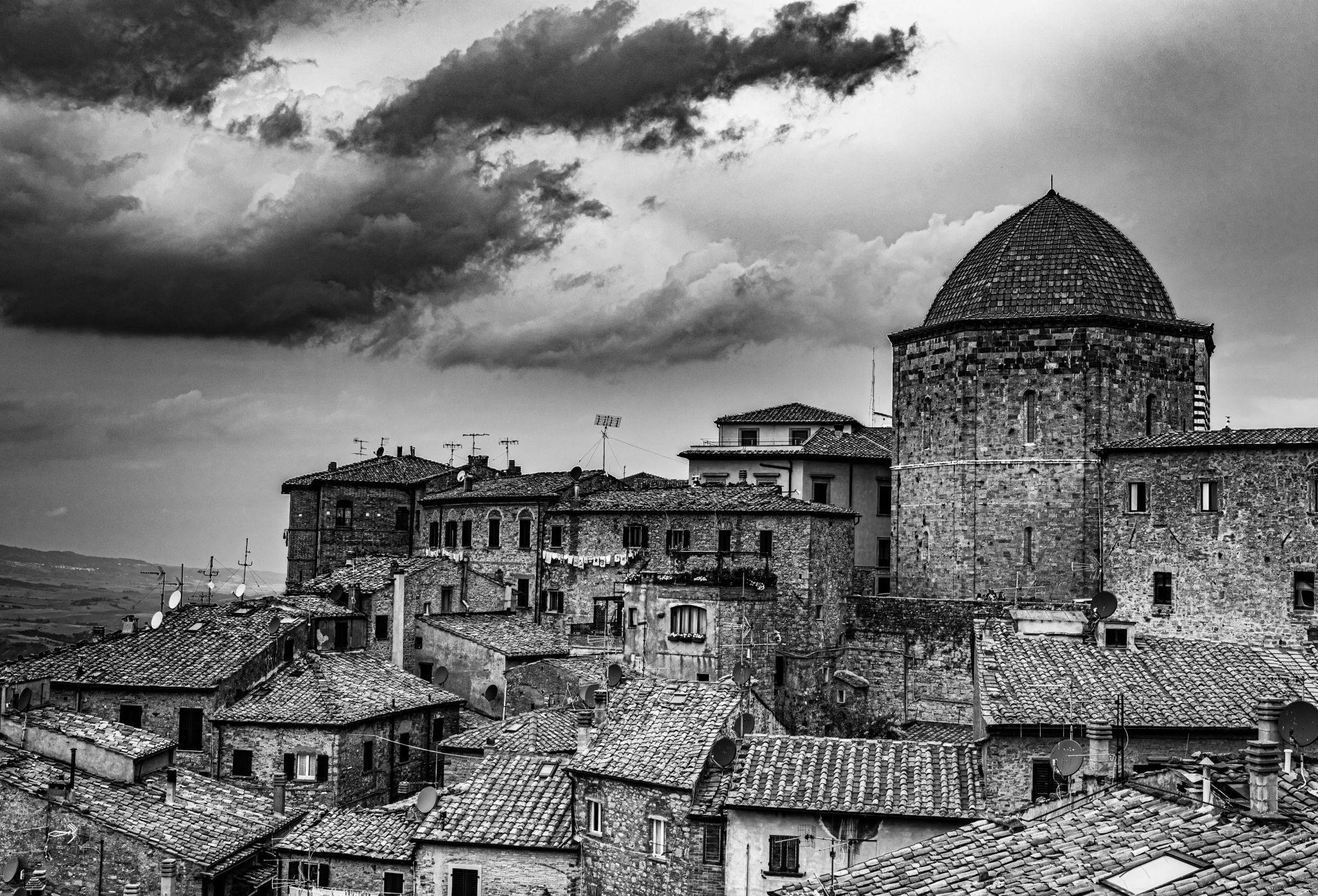 Storm is coming, Italy