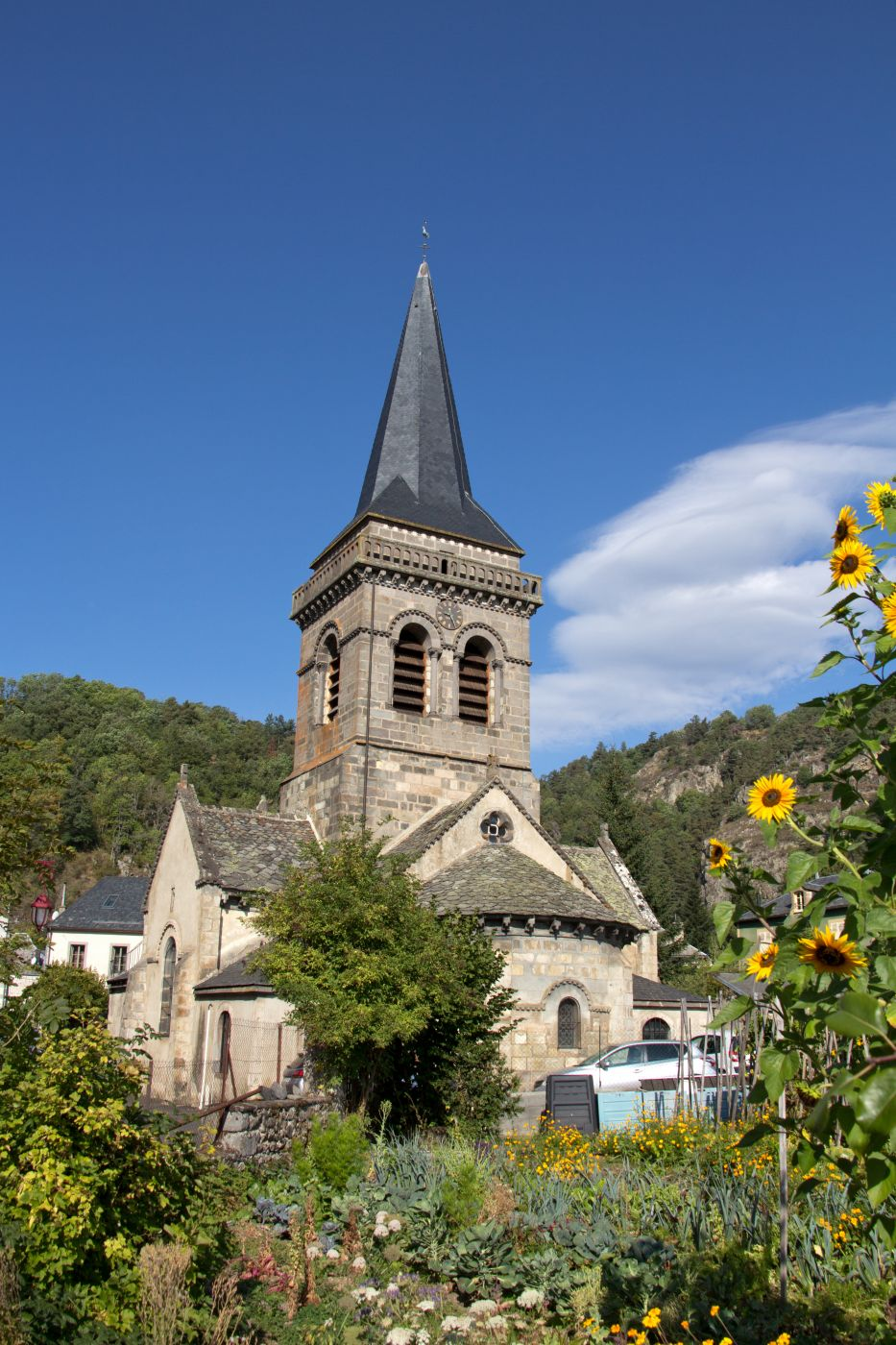 Chambon-sur-Lac (church), France
