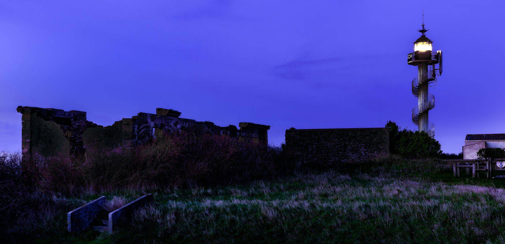 Phare d'Alprech, blue hour, France