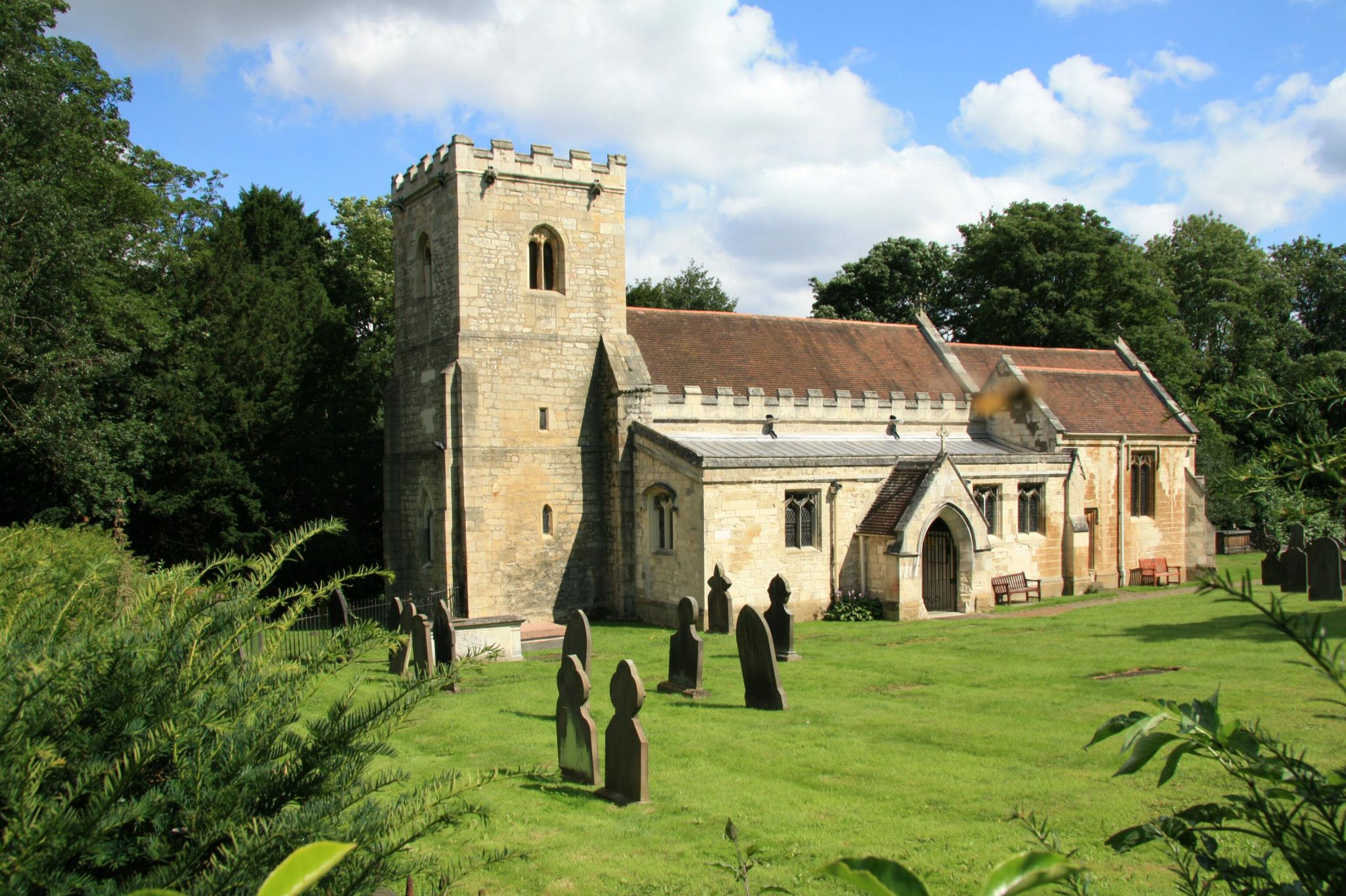 St. Michael and All Angels Church bei Brodsworth Hall, United Kingdom